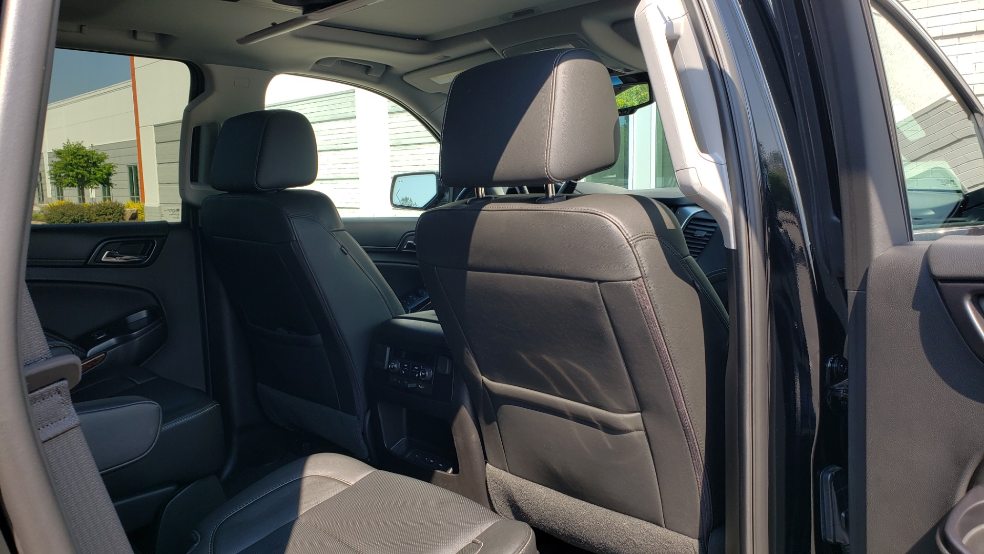 Used 2018 Chevrolet TAHOE PREMIER RST / 4X4 / NAV / BOSE / SUNROOF / 3-ROW / REARVIEW for sale $65,995 at Formula Imports in Charlotte NC 28227 80