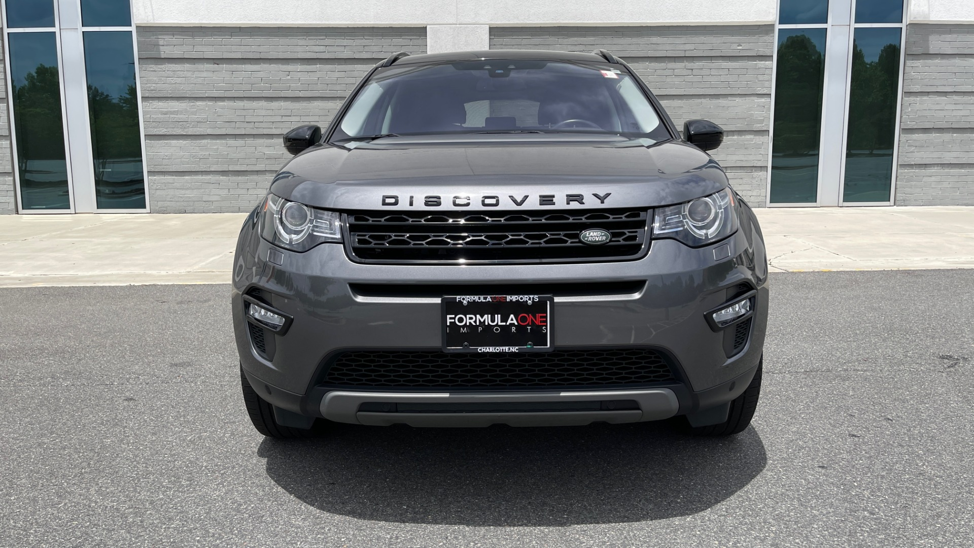 Used 2018 Land Rover DISCOVERY SPORT HSE 4WD / NAV / PANO-ROOF / MERIDIAN SND / HTD STS / LANE ASST / REARVIEW for sale $34,995 at Formula Imports in Charlotte NC 28227 10