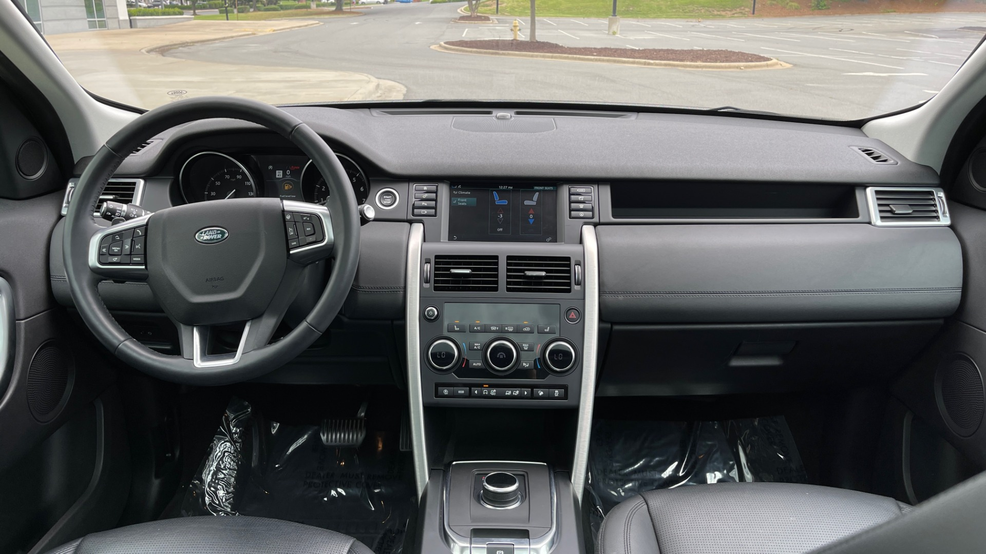 Used 2018 Land Rover DISCOVERY SPORT HSE 4WD / NAV / PANO-ROOF / MERIDIAN SND / HTD STS / LANE ASST / REARVIEW for sale $34,995 at Formula Imports in Charlotte NC 28227 68