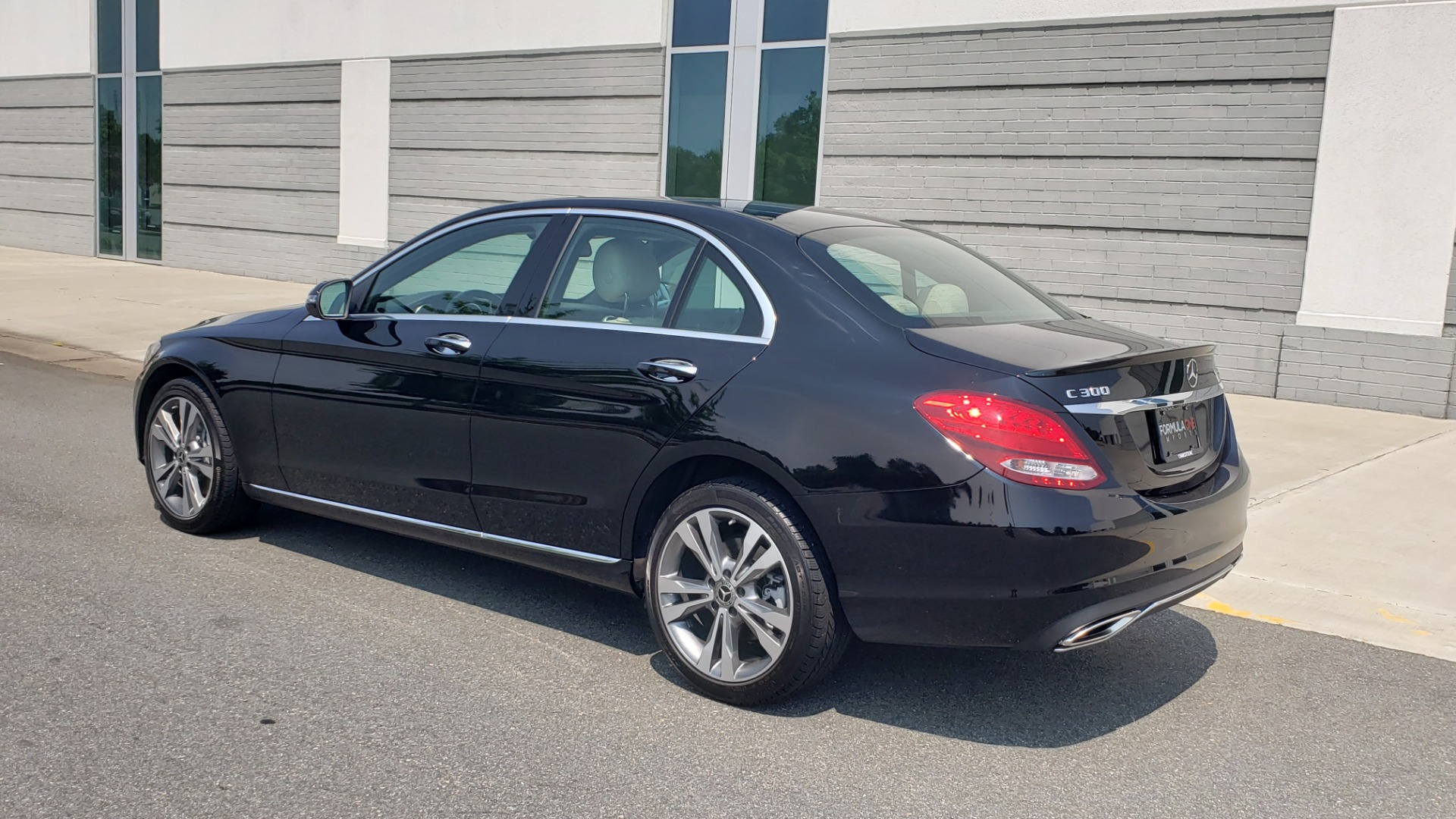 Used 2018 Mercedes-Benz C-CLASS C 300 4MATIC / PREMIUM / MULTIMEDIA / NAV / PANO-ROOF / BURMESTER for sale $30,495 at Formula Imports in Charlotte NC 28227 6