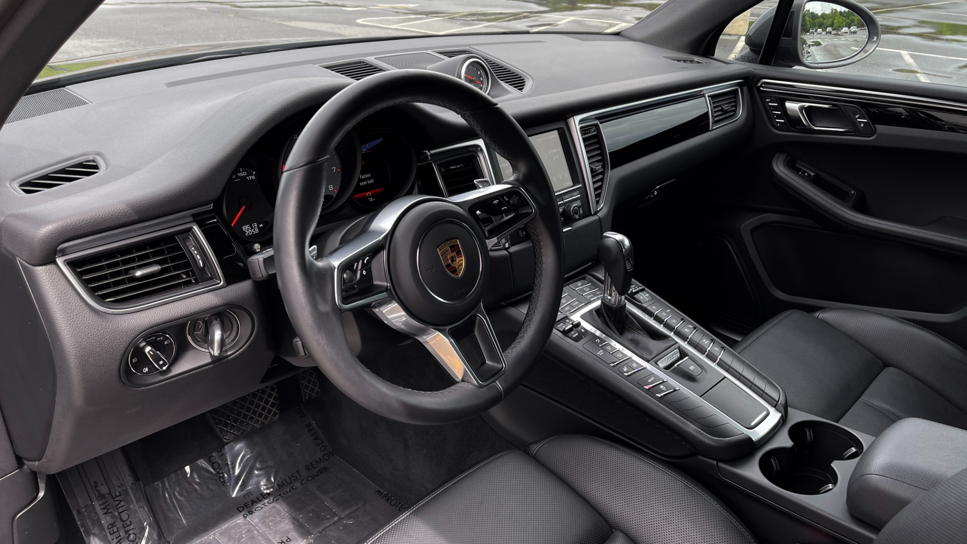 Used 2016 Porsche MACAN S PREMIUM PLUS / AWD / NAV / BOSE / SUNROOF / LCA / PARK ASST / INFOTAINMEN for sale $45,256 at Formula Imports in Charlotte NC 28227 32