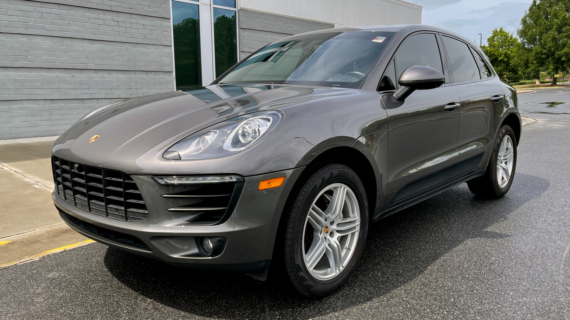 Used 2016 Porsche MACAN S PREMIUM PLUS / AWD / NAV / BOSE / SUNROOF / LCA / PARK ASST / INFOTAINMEN for sale $45,256 at Formula Imports in Charlotte NC 28227 4