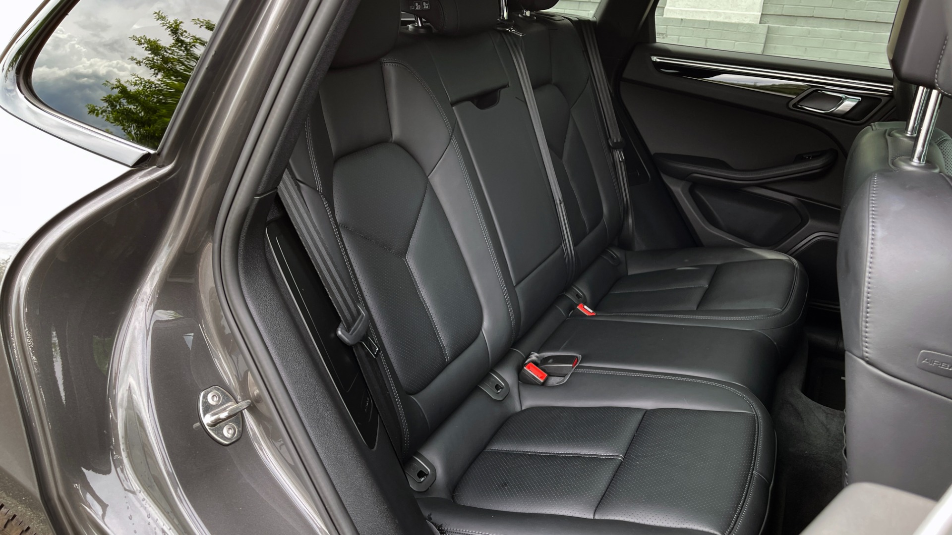Used 2016 Porsche MACAN S PREMIUM PLUS / AWD / NAV / BOSE / SUNROOF / LCA / PARK ASST / INFOTAINMEN for sale $45,256 at Formula Imports in Charlotte NC 28227 66
