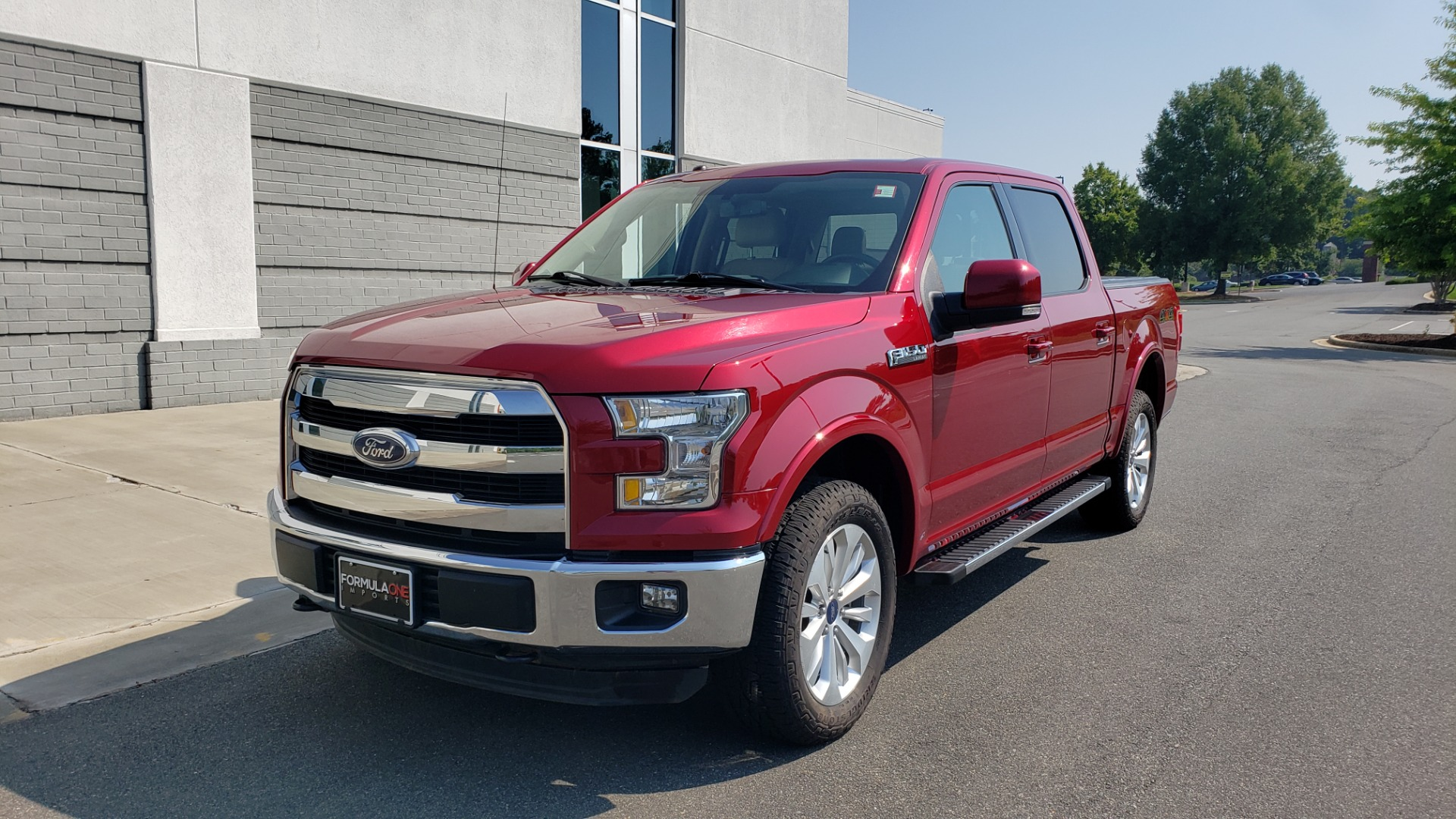Used 2015 Ford F-150 LARIAT 4X4 SUPERCREW / 5.0L V8 / AUTO / NAV / SUNROOF / REARVIEW for sale $33,995 at Formula Imports in Charlotte NC 28227 3