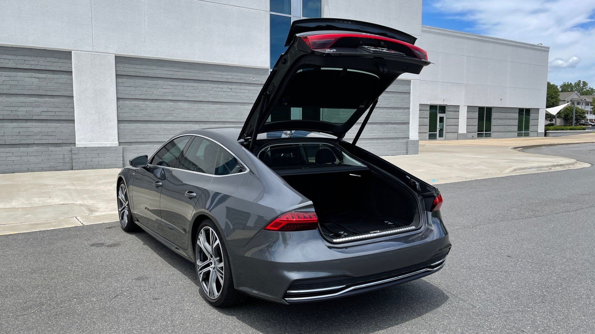 Used 2019 Audi A7 PRESTIGE 55 TFSI 3.0T / NAV / B&O SND / SUNROOF / S-LINE / 21IN WHLS / REAR for sale $66,995 at Formula Imports in Charlotte NC 28227 18