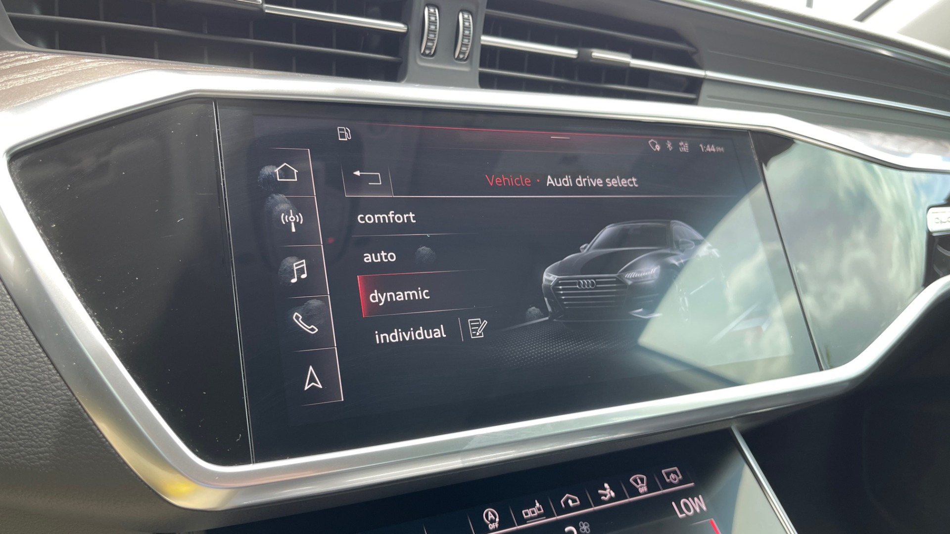 Used 2019 Audi A7 PRESTIGE 55 TFSI 3.0T / NAV / B&O SND / SUNROOF / S-LINE / 21IN WHLS / REAR for sale $66,995 at Formula Imports in Charlotte NC 28227 52