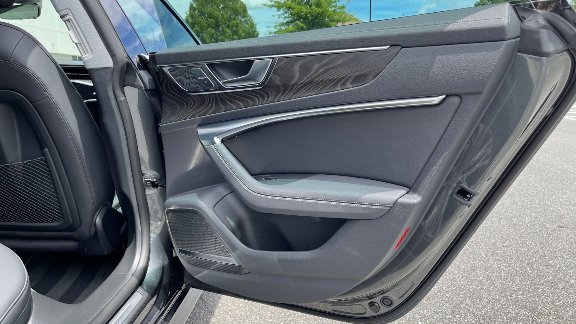 Used 2019 Audi A7 PRESTIGE 55 TFSI 3.0T / NAV / B&O SND / SUNROOF / S-LINE / 21IN WHLS / REAR for sale $66,995 at Formula Imports in Charlotte NC 28227 71