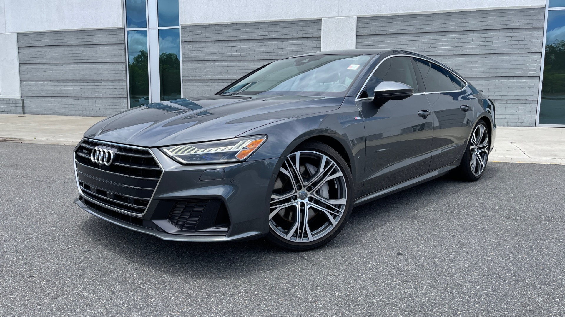 Used 2019 Audi A7 PRESTIGE 55 TFSI 3.0T / NAV / B&O SND / SUNROOF / S-LINE / 21IN WHLS / REAR for sale $66,995 at Formula Imports in Charlotte NC 28227 1