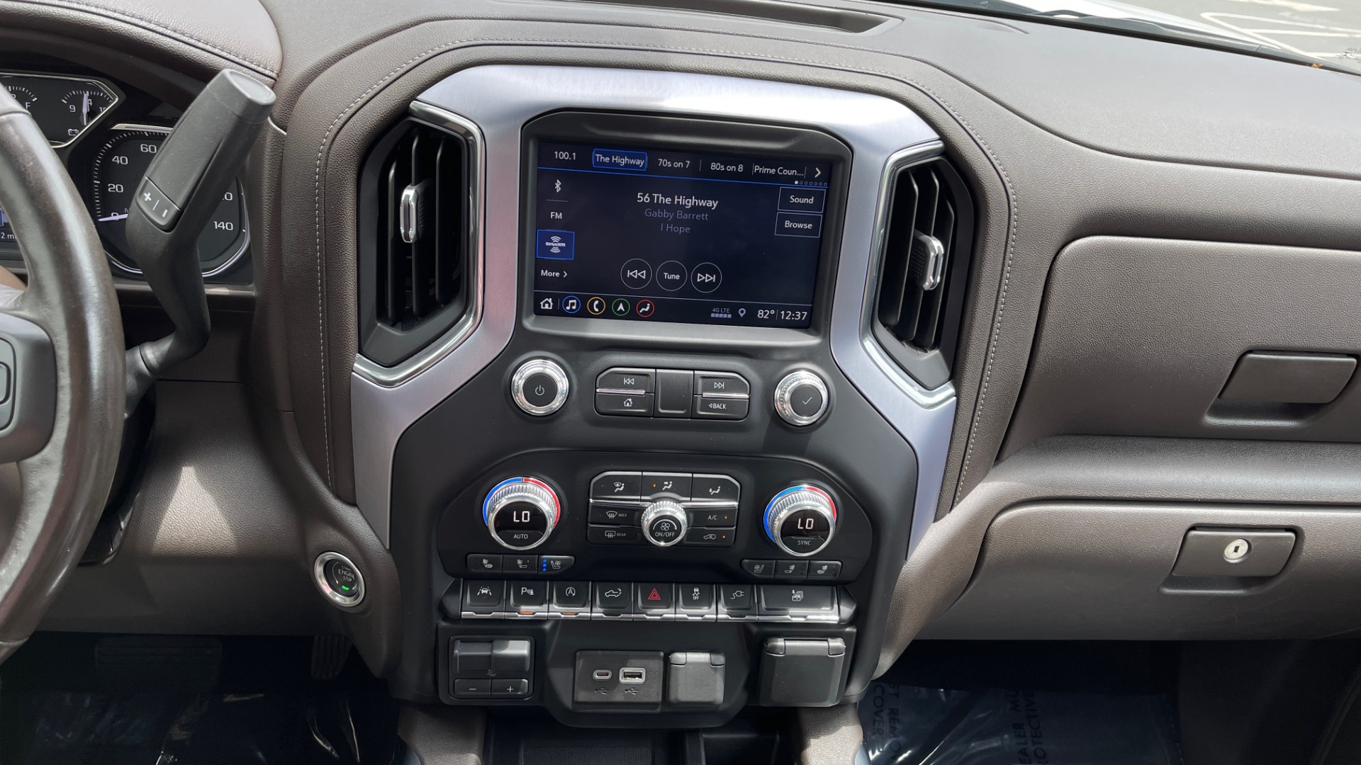 Used 2019 GMC SIERRA 1500 SLT 4X4 CREWCAB / 5.3L V8 / 8-SPD AUTO / NAV / BOSE / REARVIEW for sale $49,999 at Formula Imports in Charlotte NC 28227 50