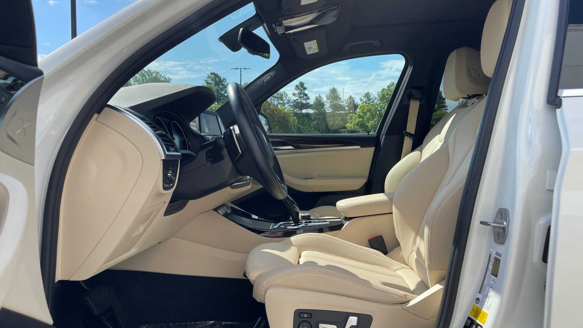 Used 2018 BMW X3 XDRIVE30I CONVENIENCE PKG / HEATED FRONT SEATS / REARVIEW for sale $36,595 at Formula Imports in Charlotte NC 28227 30