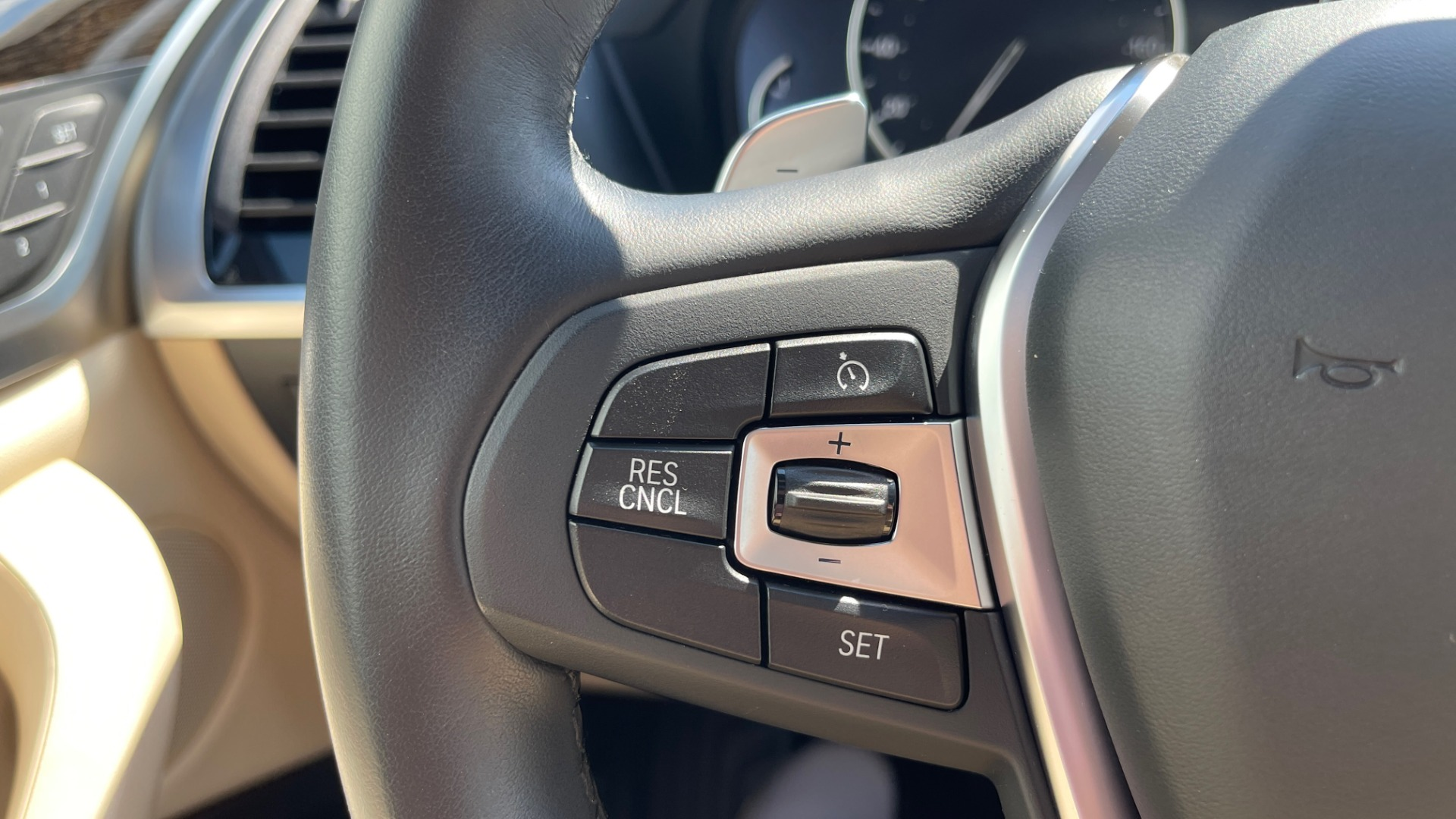 Used 2018 BMW X3 XDRIVE30I CONVENIENCE PKG / HEATED FRONT SEATS / REARVIEW for sale $36,595 at Formula Imports in Charlotte NC 28227 36