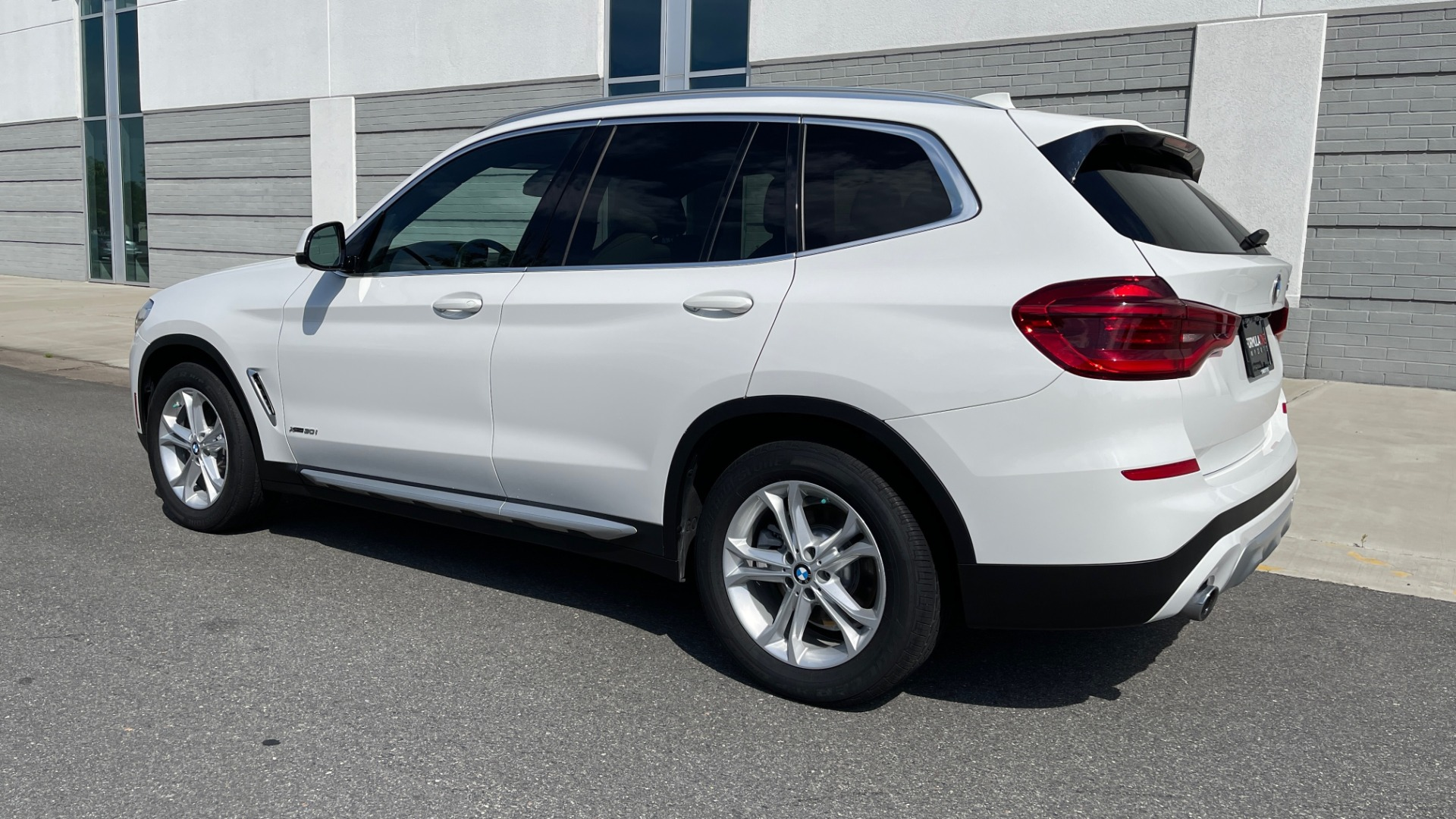 Used 2018 BMW X3 XDRIVE30I CONVENIENCE PKG / HEATED FRONT SEATS / REARVIEW for sale $36,595 at Formula Imports in Charlotte NC 28227 5