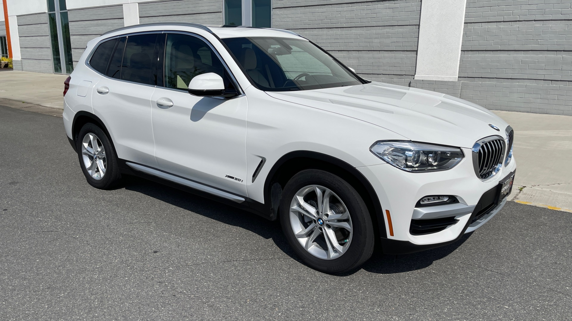 Used 2018 BMW X3 XDRIVE30I CONVENIENCE PKG / HEATED FRONT SEATS / REARVIEW for sale $36,595 at Formula Imports in Charlotte NC 28227 6