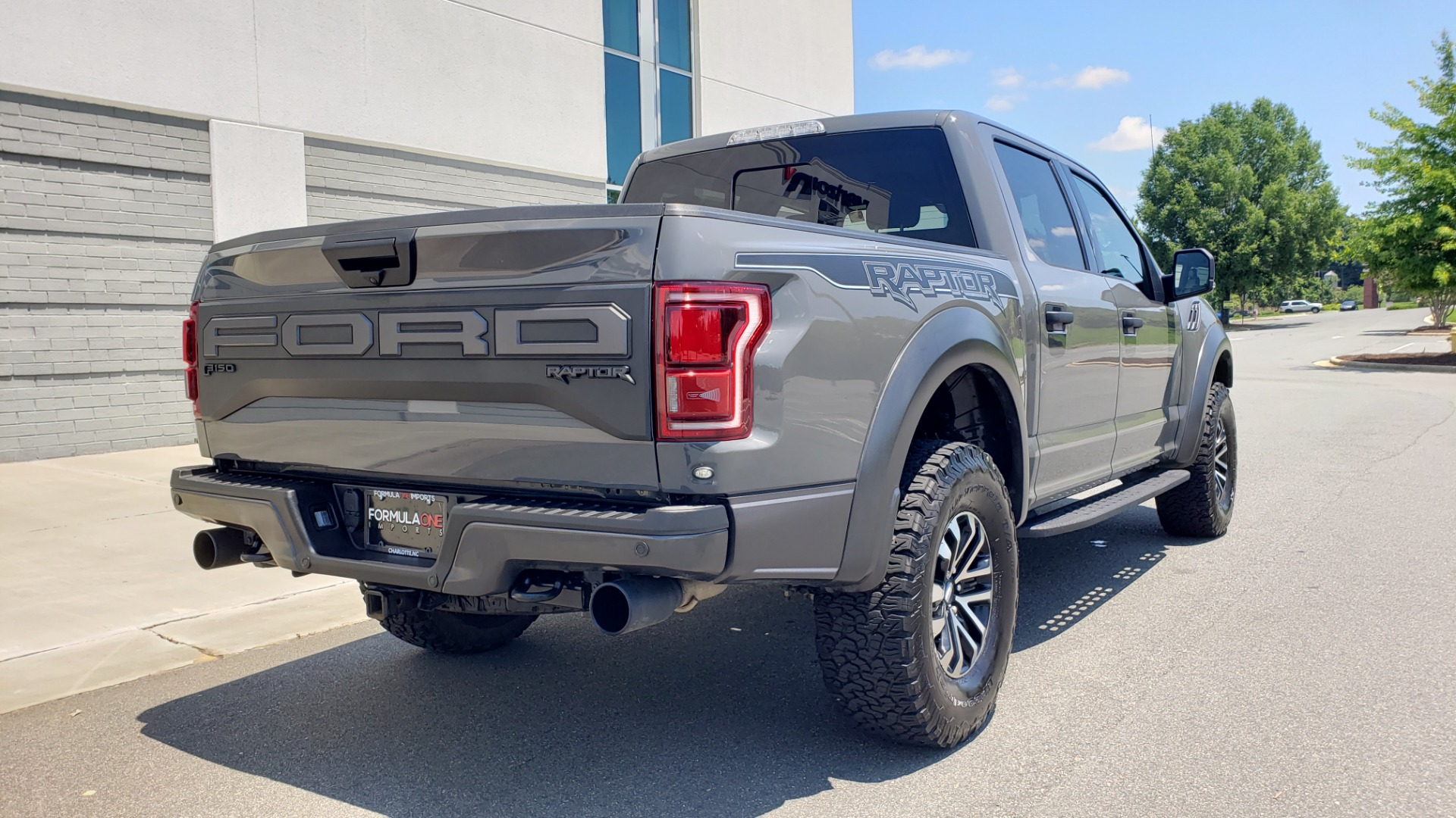 Used 2020 Ford F-150 RAPTOR 4X4 SUPERCREW / 3.5L ECOBOOST / 10-SPD AUTO / SUNROOF / REARVIEW for sale $82,500 at Formula Imports in Charlotte NC 28227 2