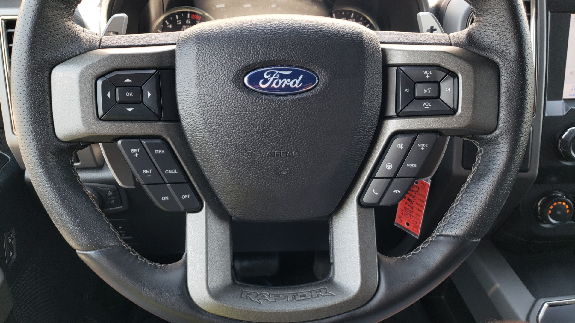 Used 2020 Ford F-150 RAPTOR 4X4 SUPERCREW / 3.5L ECOBOOST / 10-SPD AUTO / SUNROOF / REARVIEW for sale $82,500 at Formula Imports in Charlotte NC 28227 42