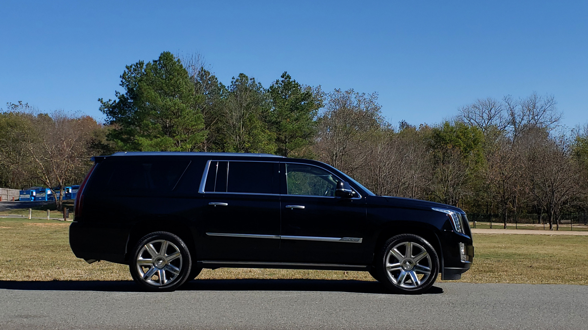 Used 2016 Cadillac ESCALADE ESV PREMIUM COLLECTION / NAV / 3-ROW / SUNROOF / CAMERA for sale Sold at Formula Imports in Charlotte NC 28227 12