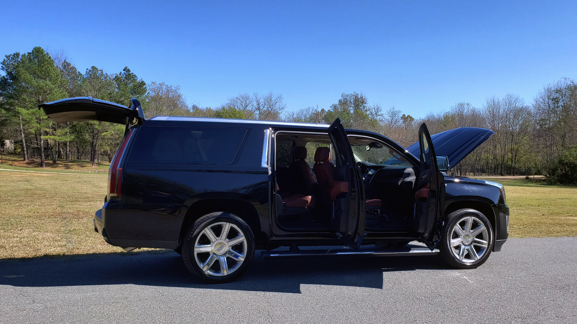 Used 2016 Cadillac ESCALADE ESV PREMIUM COLLECTION / NAV / 3-ROW / SUNROOF / CAMERA for sale Sold at Formula Imports in Charlotte NC 28227 16