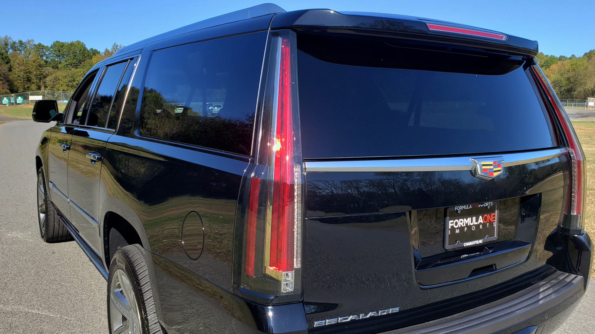 Used 2016 Cadillac ESCALADE ESV PREMIUM COLLECTION / NAV / 3-ROW / SUNROOF / CAMERA for sale Sold at Formula Imports in Charlotte NC 28227 35