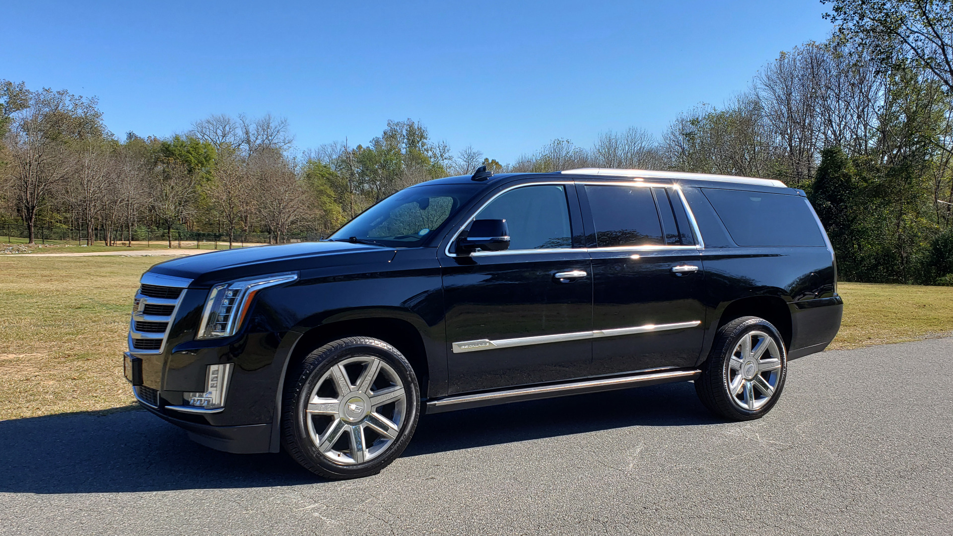 Used 2016 Cadillac ESCALADE ESV PREMIUM COLLECTION / NAV / 3-ROW / SUNROOF / CAMERA for sale Sold at Formula Imports in Charlotte NC 28227 5