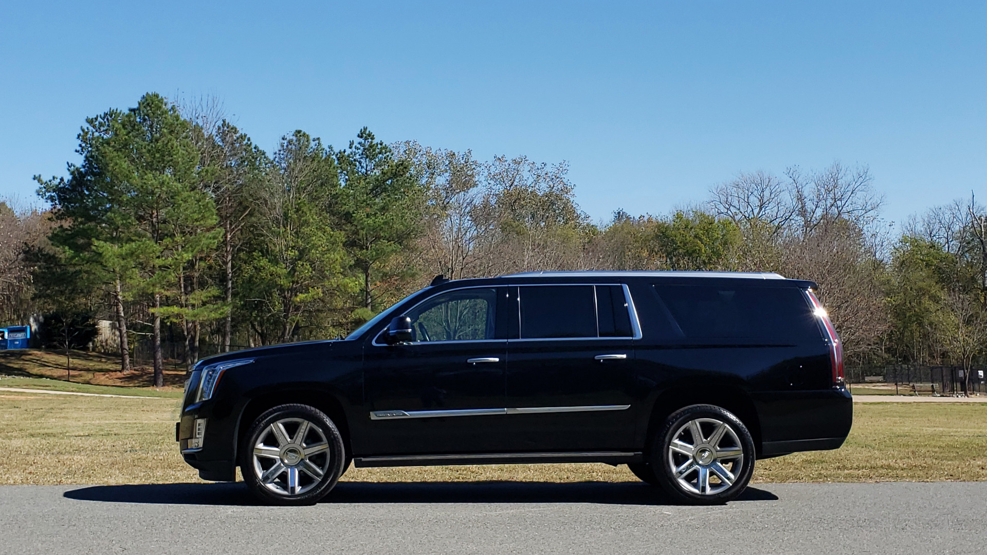 Used 2016 Cadillac ESCALADE ESV PREMIUM COLLECTION / NAV / 3-ROW / SUNROOF / CAMERA for sale Sold at Formula Imports in Charlotte NC 28227 6
