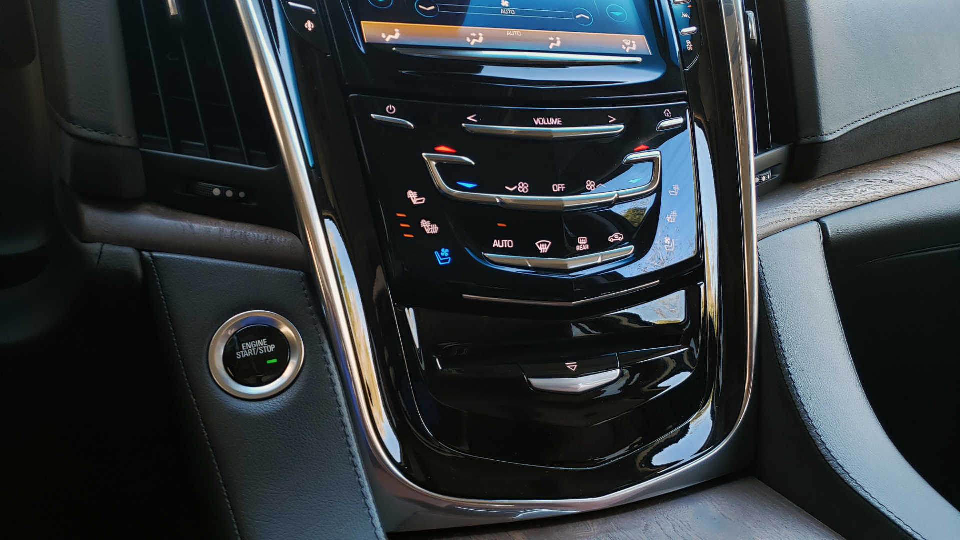 Used 2016 Cadillac ESCALADE ESV PREMIUM COLLECTION / NAV / 3-ROW / SUNROOF / CAMERA for sale Sold at Formula Imports in Charlotte NC 28227 62