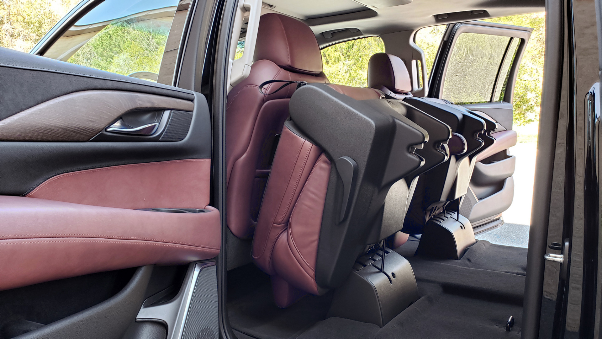 Used 2016 Cadillac ESCALADE ESV PREMIUM COLLECTION / NAV / 3-ROW / SUNROOF / CAMERA for sale Sold at Formula Imports in Charlotte NC 28227 78