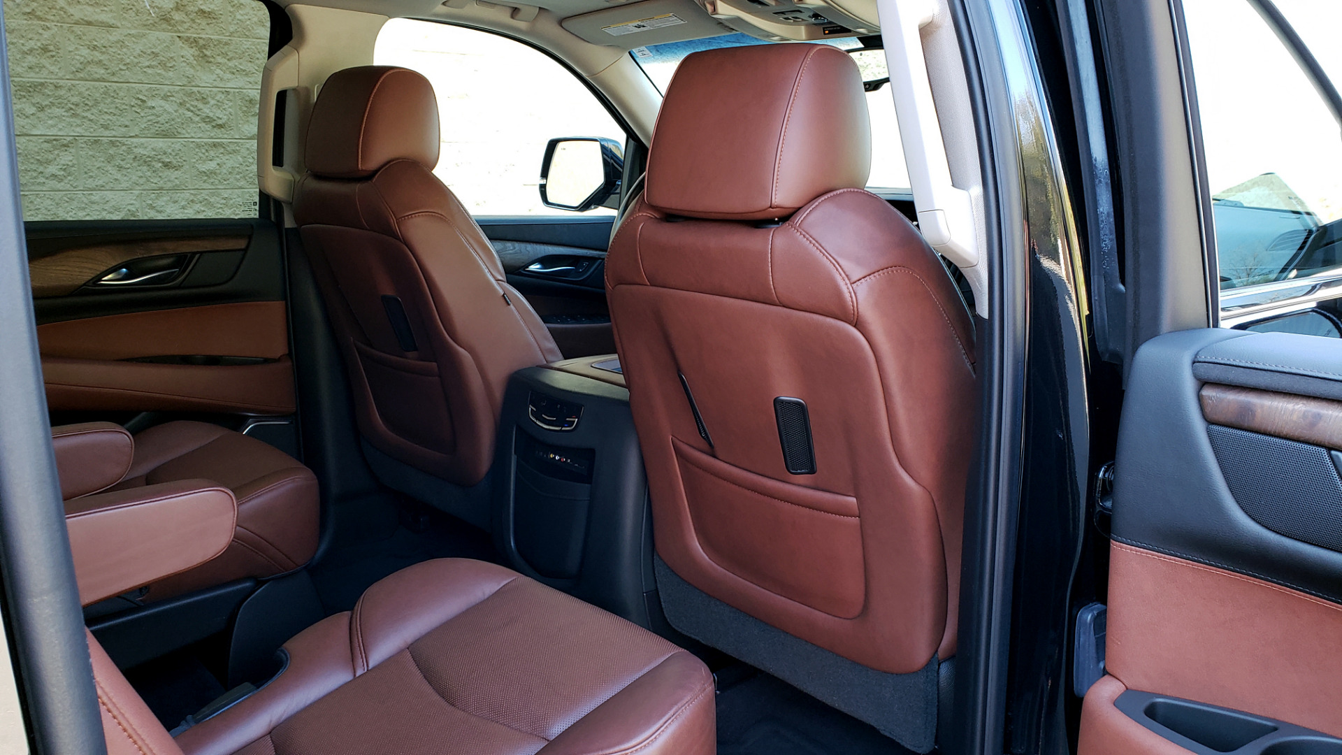 Used 2016 Cadillac ESCALADE ESV PREMIUM COLLECTION / NAV / 3-ROW / SUNROOF / CAMERA for sale Sold at Formula Imports in Charlotte NC 28227 96