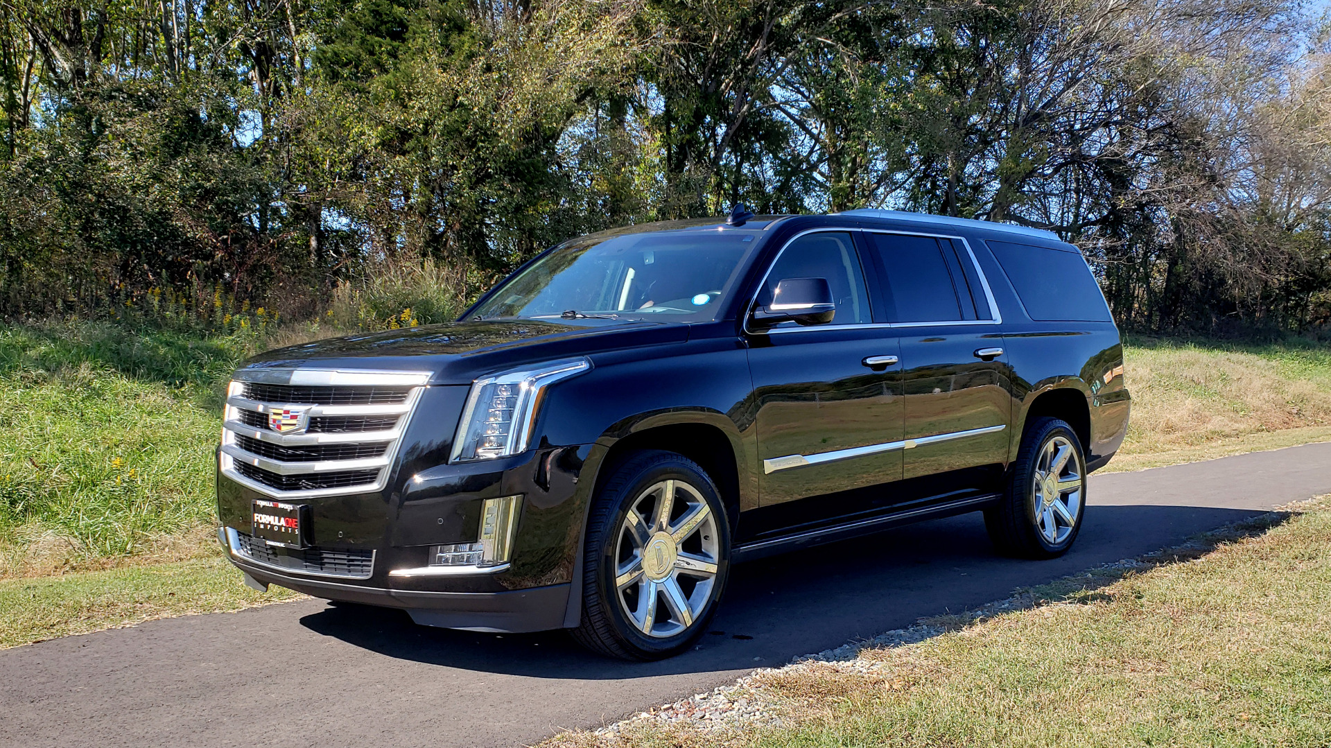 Used 2016 Cadillac ESCALADE ESV PREMIUM COLLECTION / NAV / 3-ROW / SUNROOF / CAMERA for sale Sold at Formula Imports in Charlotte NC 28227 1