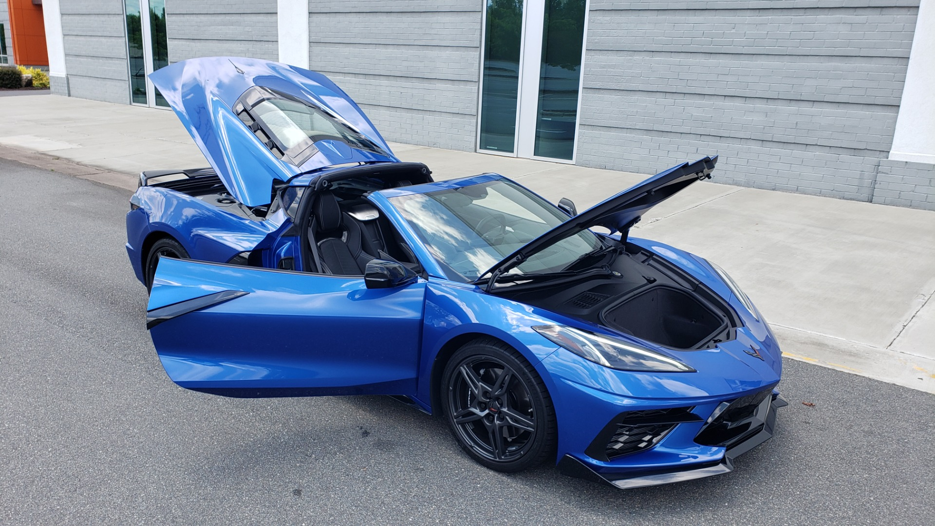 Used 2020 Chevrolet CORVETTE C8 STINGRAY COUPE 2LT / PERF & Z51 PKG / NAV / BOSE / 8-SPD AUTO / REARVIEW for sale Sold at Formula Imports in Charlotte NC 28227 23