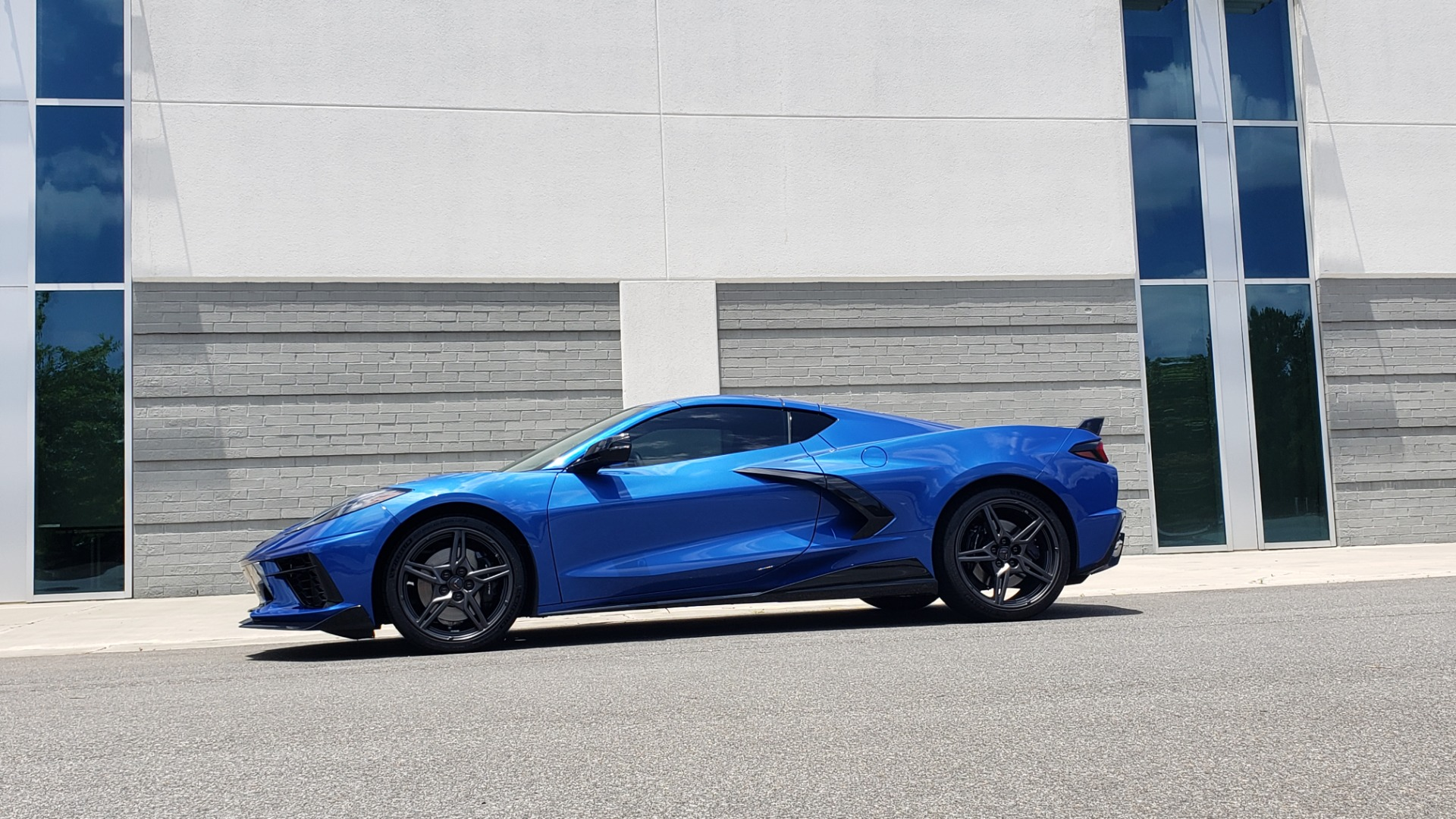 Used 2020 Chevrolet CORVETTE C8 STINGRAY COUPE 2LT / PERF & Z51 PKG / NAV / BOSE / 8-SPD AUTO / REARVIEW for sale Sold at Formula Imports in Charlotte NC 28227 4