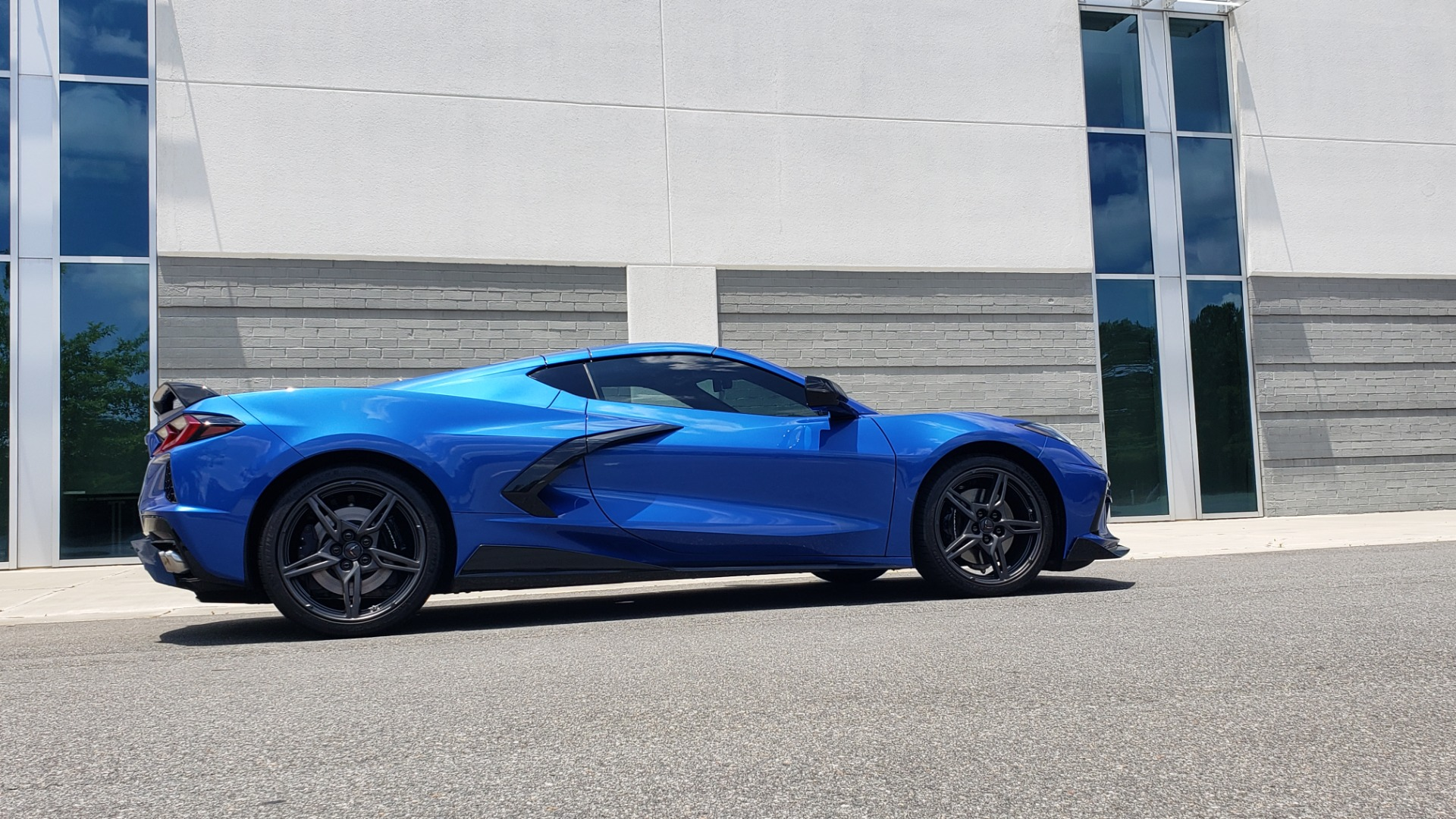 Used 2020 Chevrolet CORVETTE C8 STINGRAY COUPE 2LT / PERF & Z51 PKG / NAV / BOSE / 8-SPD AUTO / REARVIEW for sale Sold at Formula Imports in Charlotte NC 28227 5