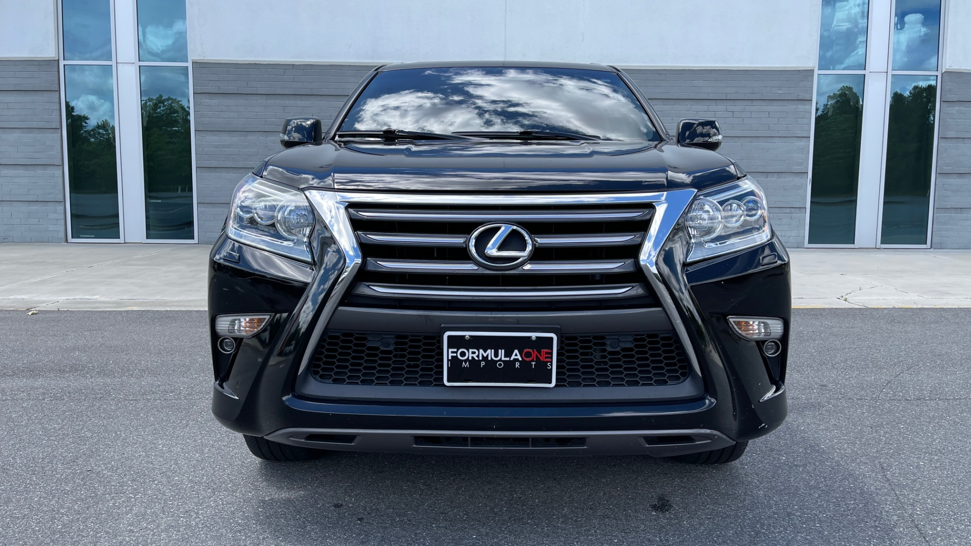 Used 2017 Lexus GX GX 460 LUXURY / AWD / NAV / SUNROOF / MARK LEV SND / REARVIEW for sale $37,995 at Formula Imports in Charlotte NC 28227 9