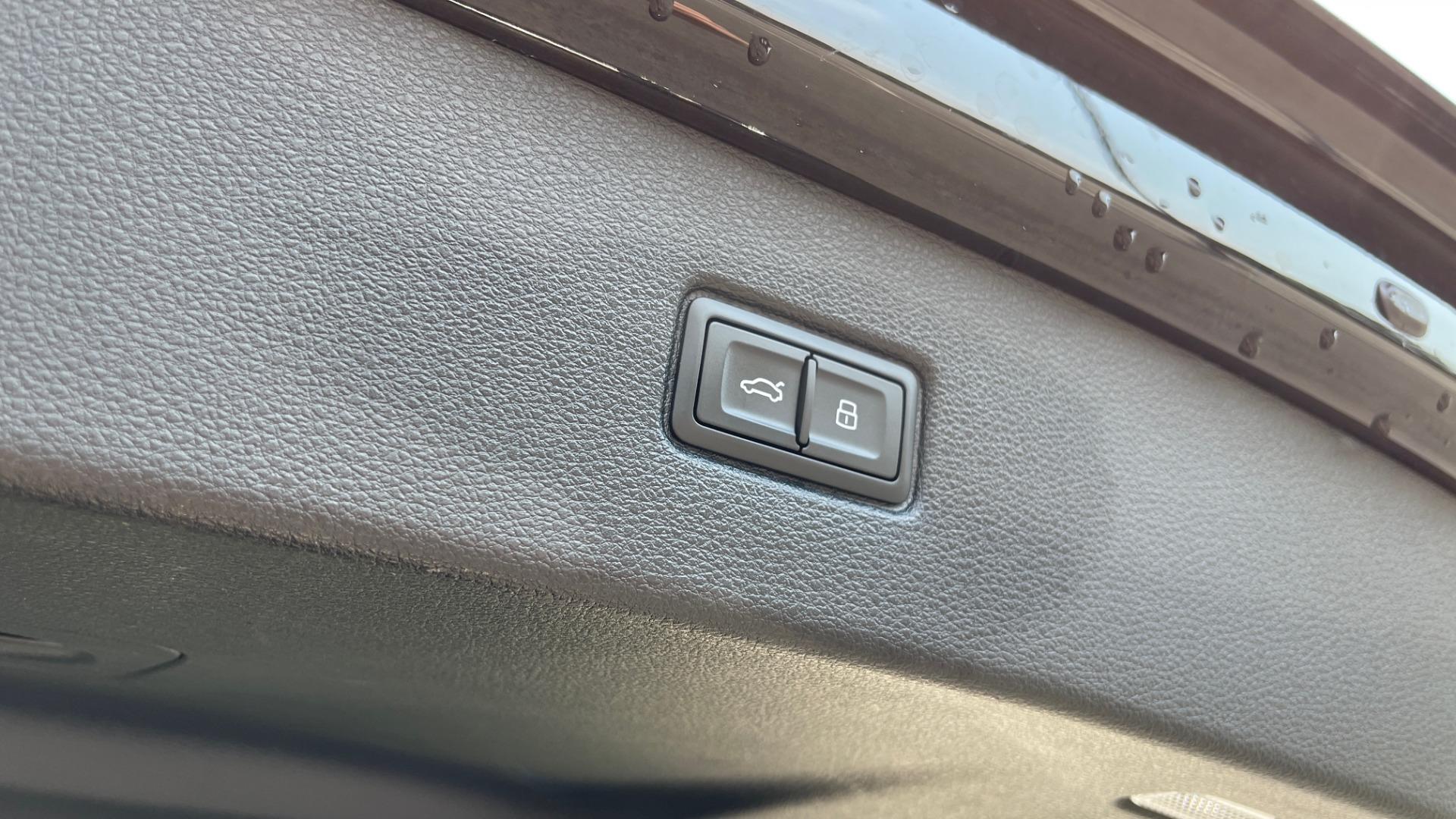 Used 2018 Audi Q7 PRESTIGE TIPTRONIC / NAV / SUNROOF / ADAPTIVE PKG / DRVR ASST / CLD WTHR /  for sale $49,995 at Formula Imports in Charlotte NC 28227 17