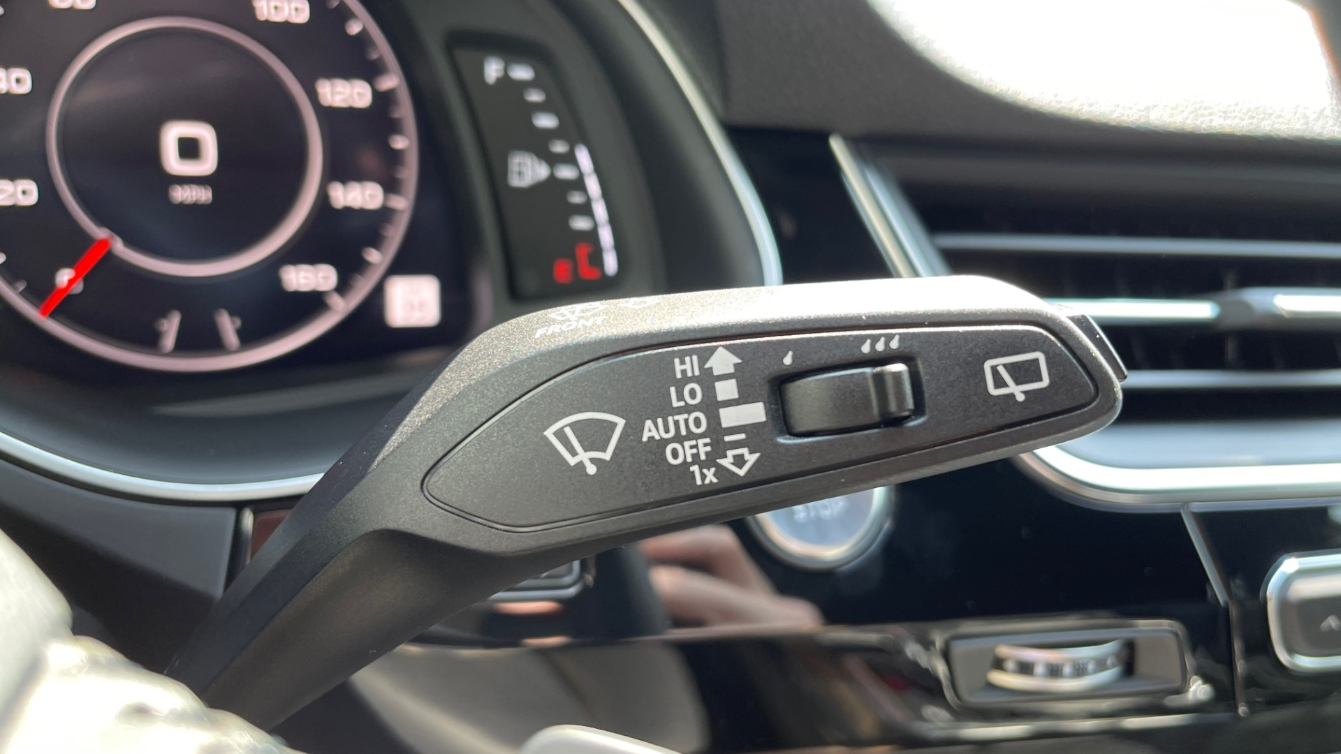 Used 2018 Audi Q7 PRESTIGE TIPTRONIC / NAV / SUNROOF / ADAPTIVE PKG / DRVR ASST / CLD WTHR /  for sale $49,995 at Formula Imports in Charlotte NC 28227 41