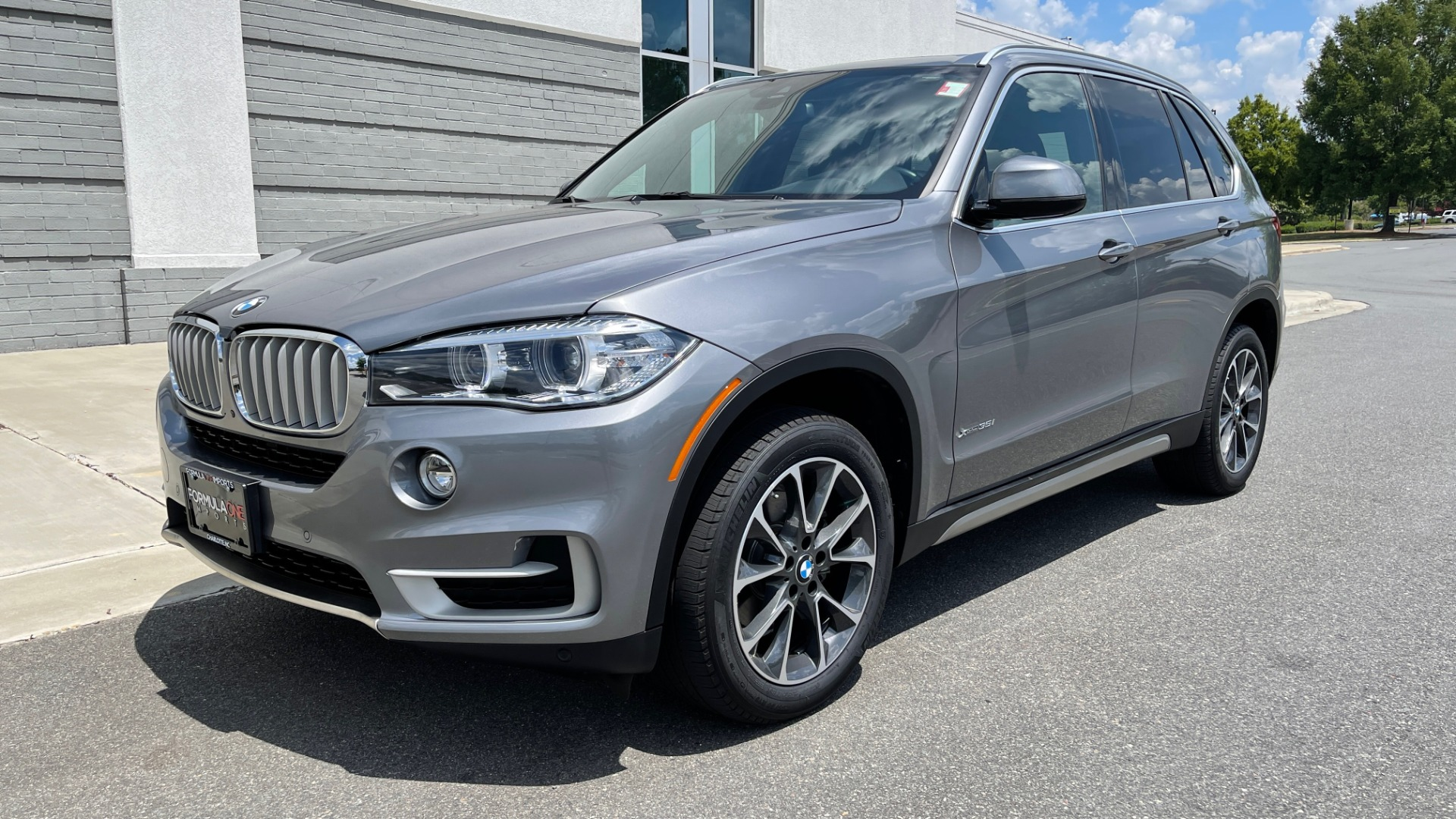 Used 2018 BMW X5 XDRIVE35I PREMIUM / DRVR ASST / WIRELESS CHARGING / CAMERAS for sale $46,995 at Formula Imports in Charlotte NC 28227 3