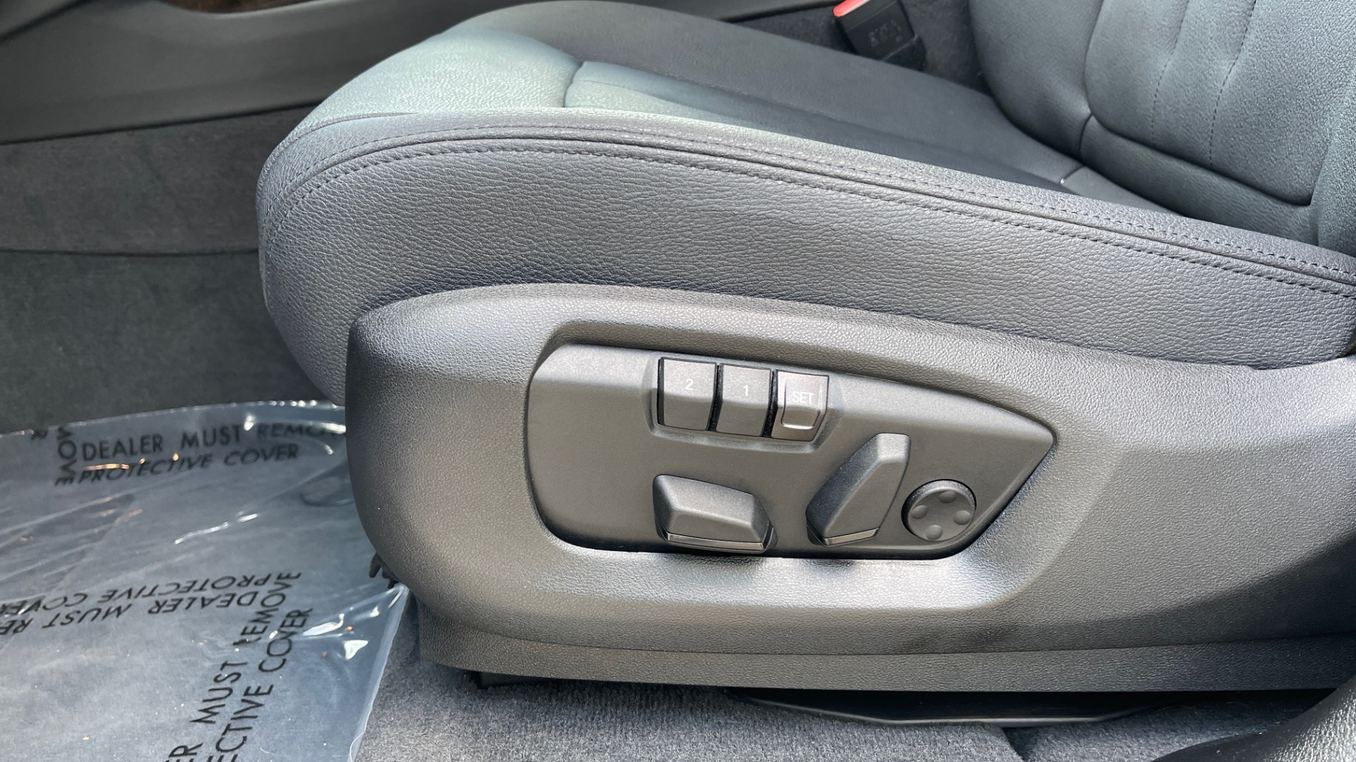 Used 2018 BMW X5 XDRIVE35I PREMIUM / DRVR ASST / WIRELESS CHARGING / CAMERAS for sale $46,995 at Formula Imports in Charlotte NC 28227 36