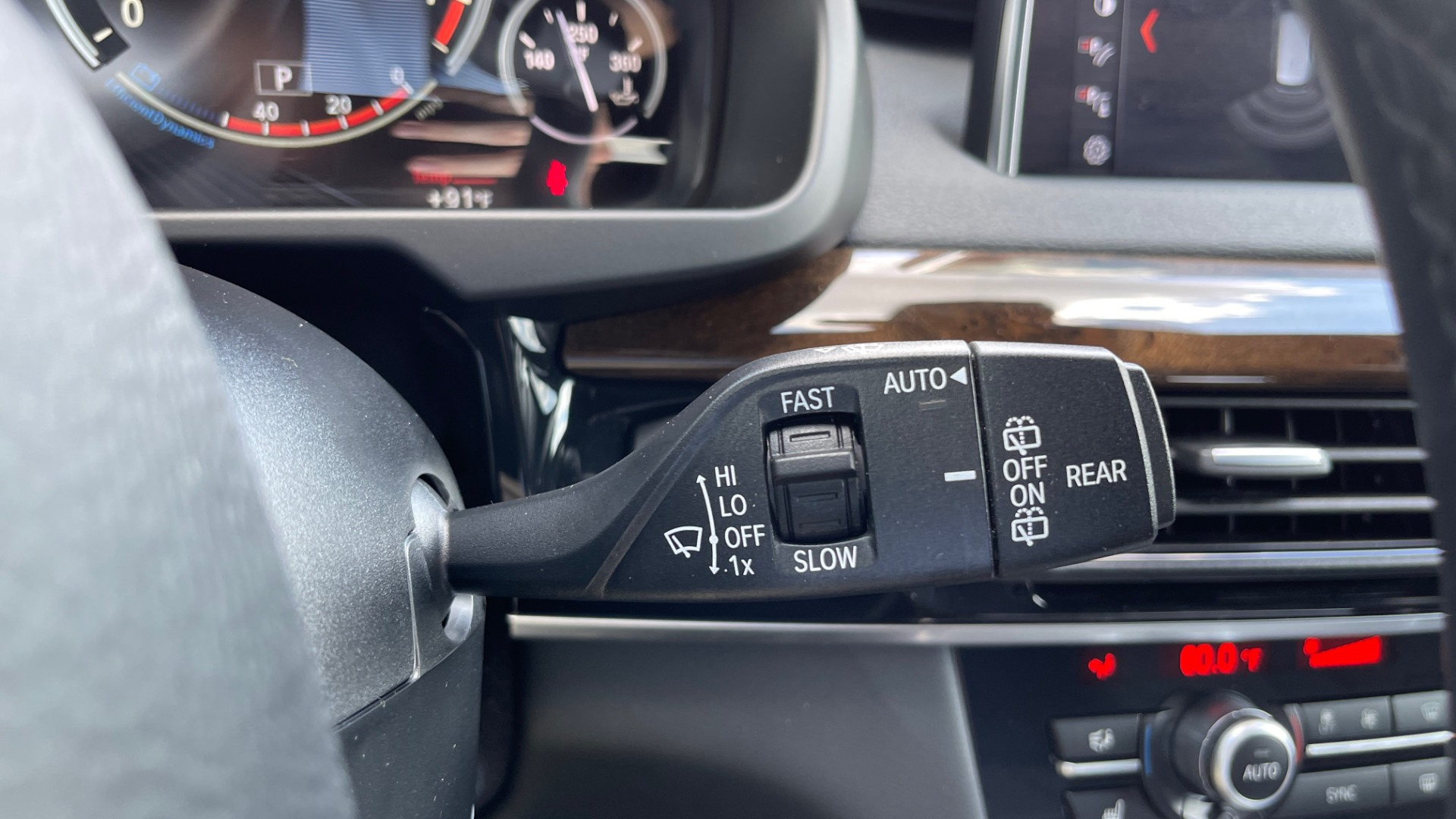 Used 2018 BMW X5 XDRIVE35I PREMIUM / DRVR ASST / WIRELESS CHARGING / CAMERAS for sale $46,995 at Formula Imports in Charlotte NC 28227 45