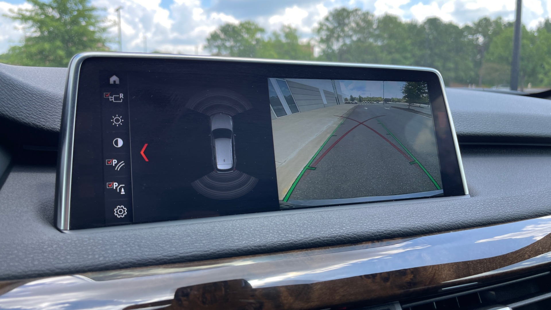 Used 2018 BMW X5 XDRIVE35I PREMIUM / DRVR ASST / WIRELESS CHARGING / CAMERAS for sale $46,995 at Formula Imports in Charlotte NC 28227 52