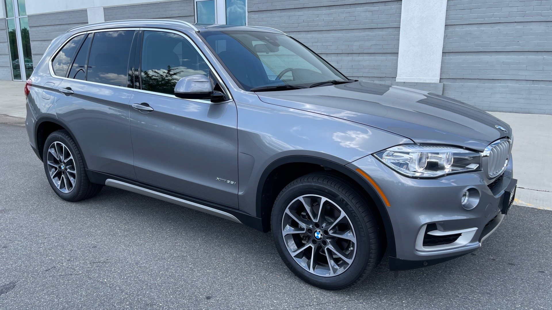 Used 2018 BMW X5 XDRIVE35I PREMIUM / DRVR ASST / WIRELESS CHARGING / CAMERAS for sale $46,995 at Formula Imports in Charlotte NC 28227 6