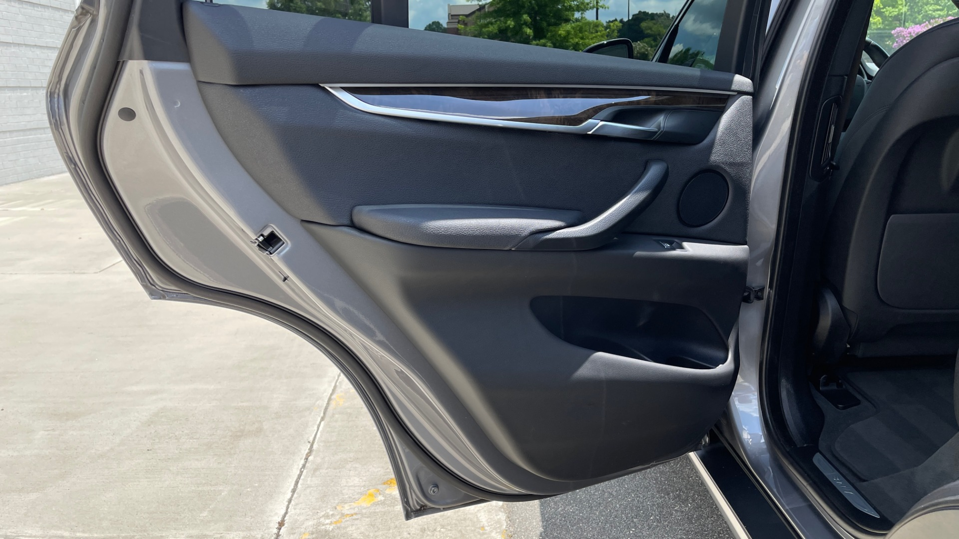 Used 2018 BMW X5 XDRIVE35I PREMIUM / DRVR ASST / WIRELESS CHARGING / CAMERAS for sale $46,995 at Formula Imports in Charlotte NC 28227 65