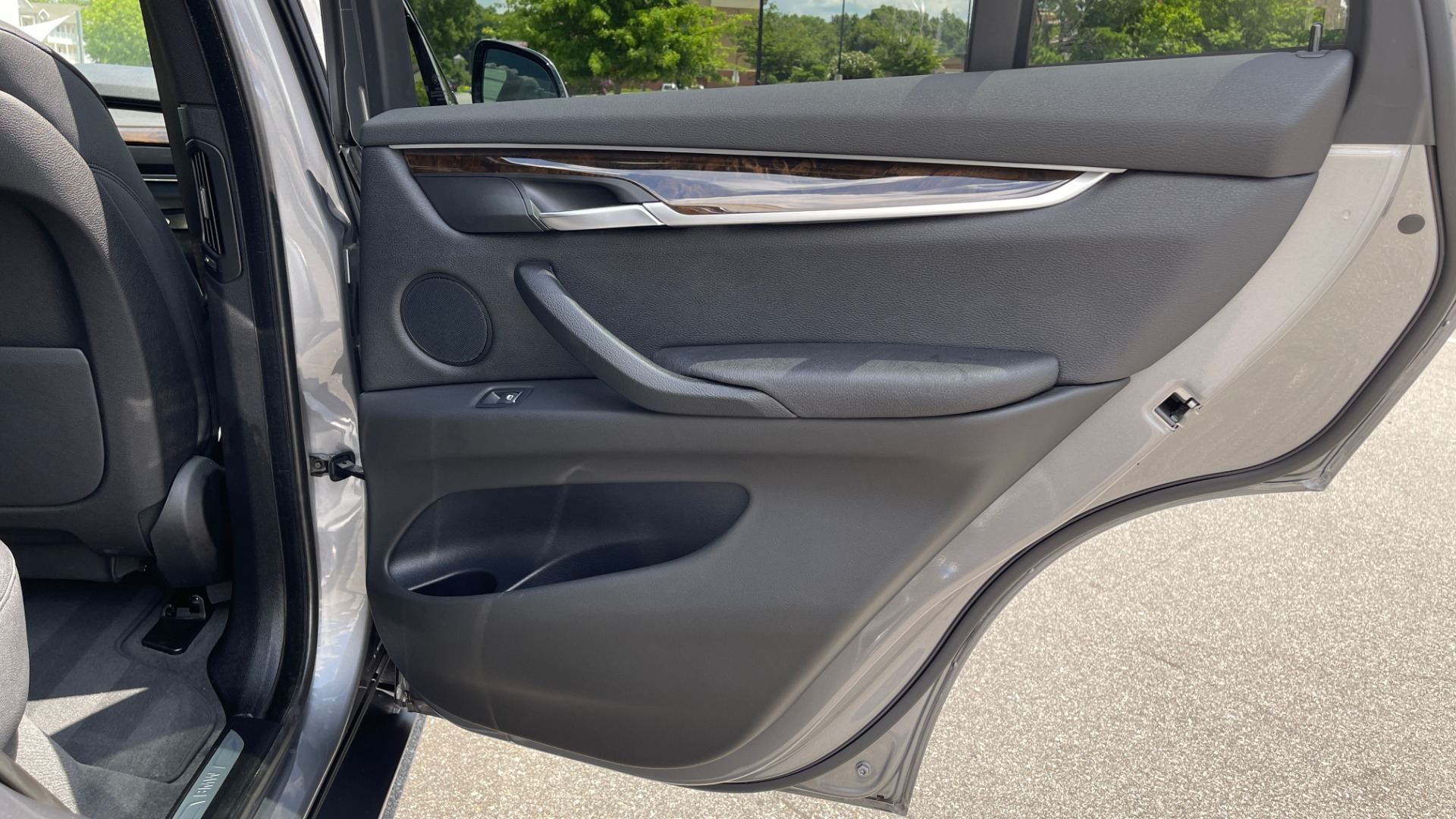 Used 2018 BMW X5 XDRIVE35I PREMIUM / DRVR ASST / WIRELESS CHARGING / CAMERAS for sale $46,995 at Formula Imports in Charlotte NC 28227 73