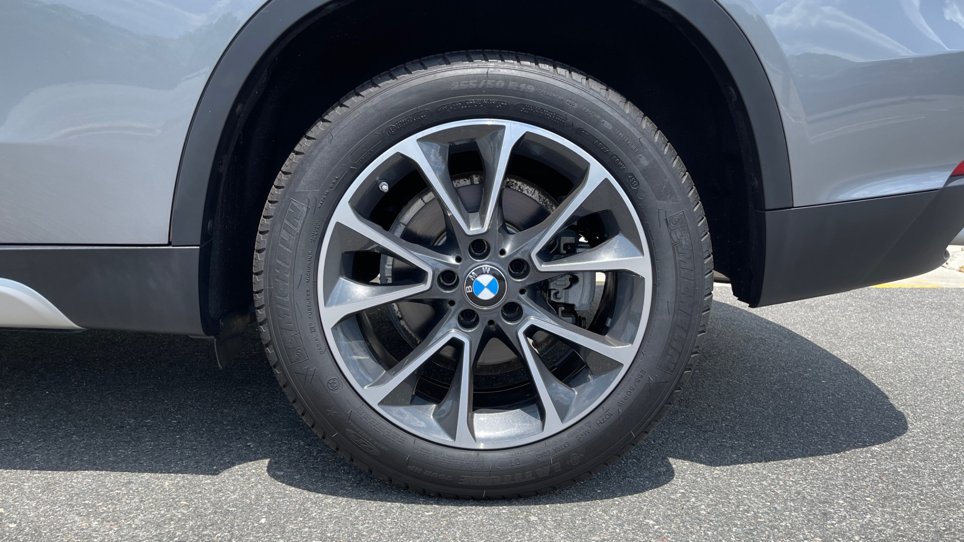 Used 2018 BMW X5 XDRIVE35I PREMIUM / DRVR ASST / WIRELESS CHARGING / CAMERAS for sale $46,995 at Formula Imports in Charlotte NC 28227 83