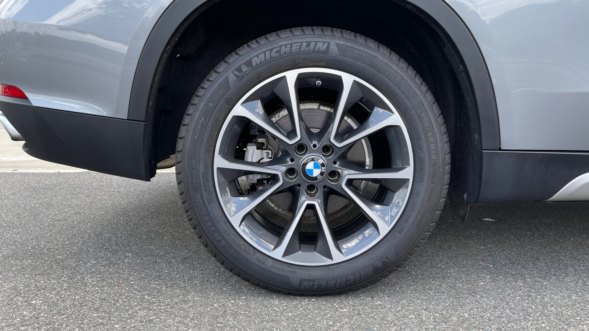 Used 2018 BMW X5 XDRIVE35I PREMIUM / DRVR ASST / WIRELESS CHARGING / CAMERAS for sale $46,995 at Formula Imports in Charlotte NC 28227 84