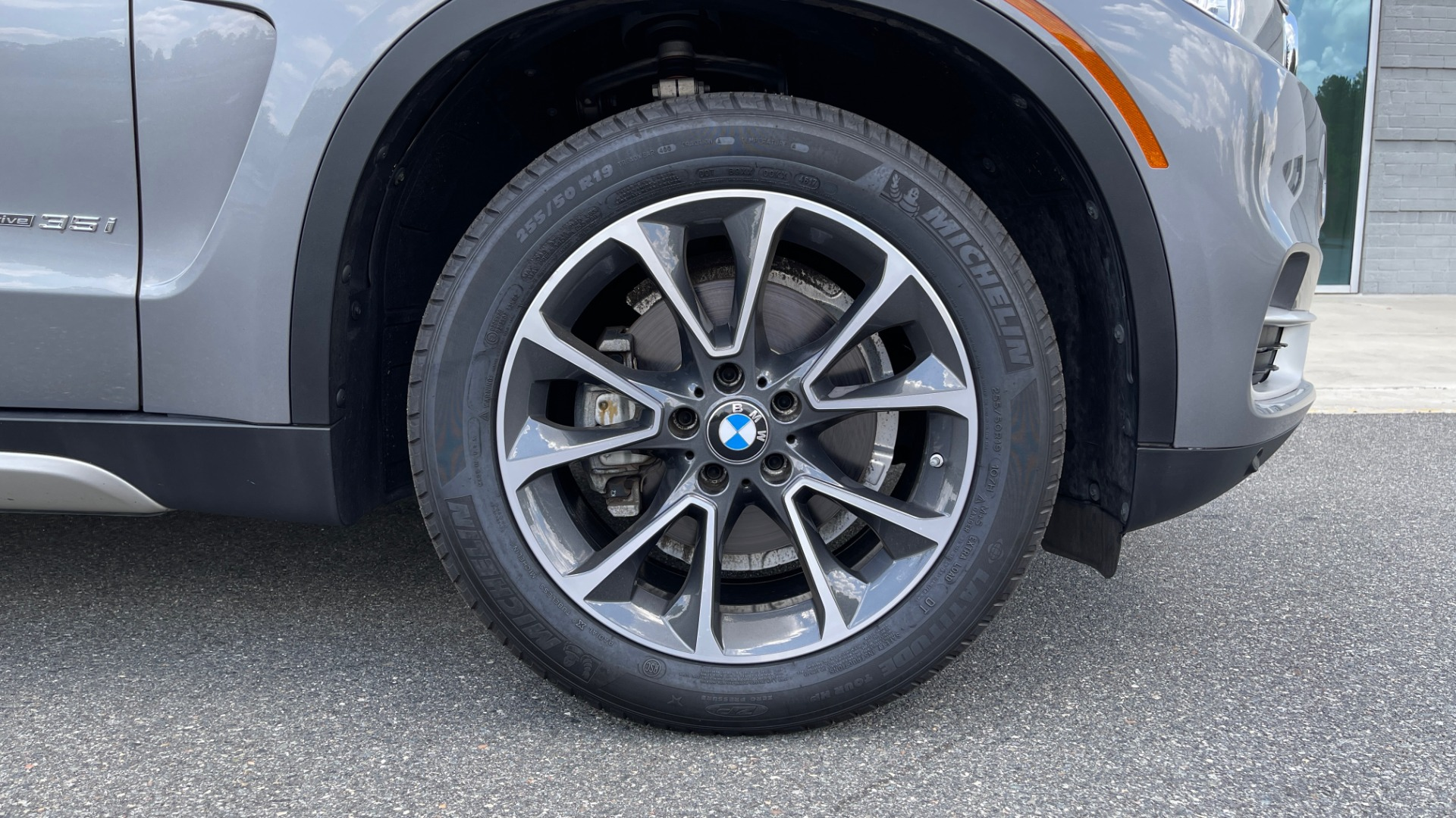 Used 2018 BMW X5 XDRIVE35I PREMIUM / DRVR ASST / WIRELESS CHARGING / CAMERAS for sale $46,995 at Formula Imports in Charlotte NC 28227 85