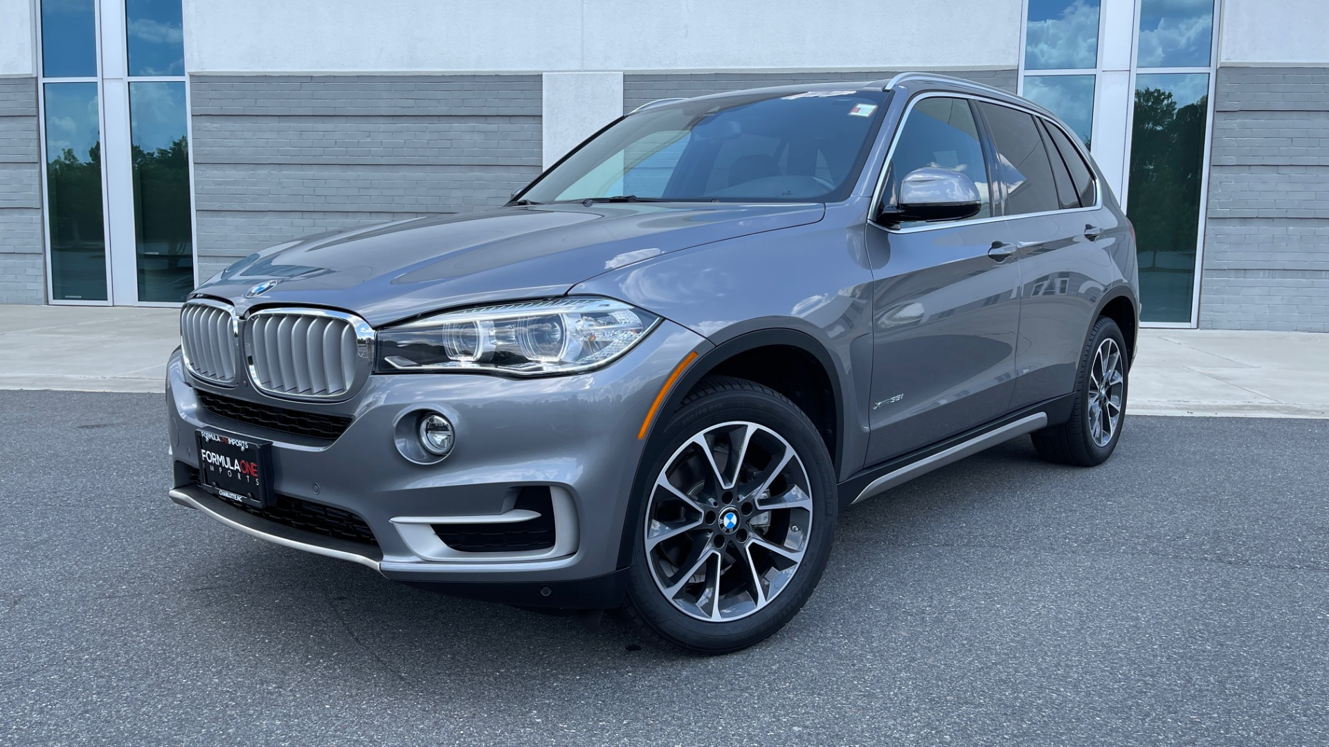 Used 2018 BMW X5 XDRIVE35I PREMIUM / DRVR ASST / WIRELESS CHARGING / CAMERAS for sale $46,995 at Formula Imports in Charlotte NC 28227 1