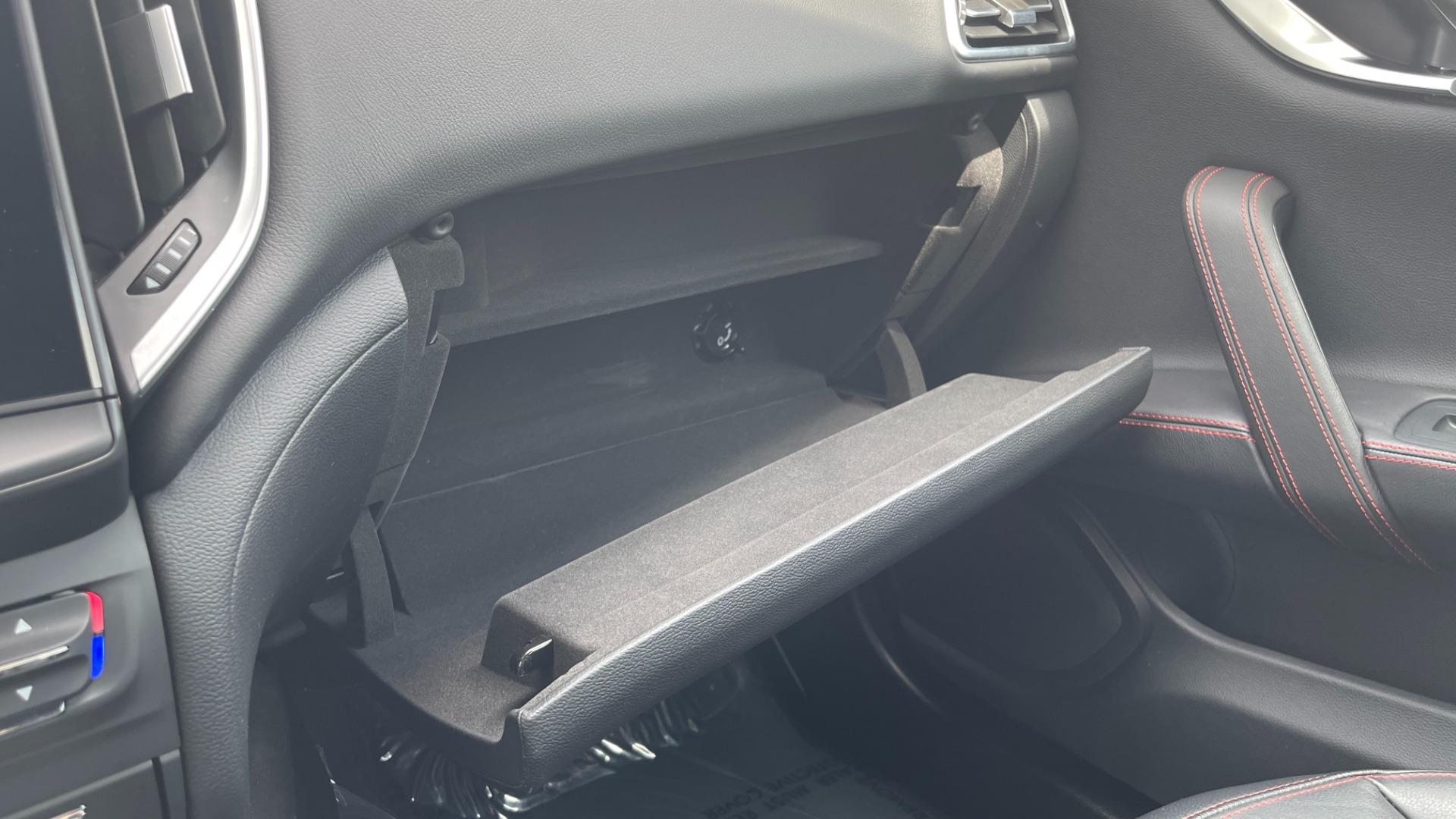 Used 2018 Maserati GHIBLI S Q4 SEDAN / AWD / 3.0L V6 / SUNROOF / NAV / REARVIEW for sale $51,995 at Formula Imports in Charlotte NC 28227 45