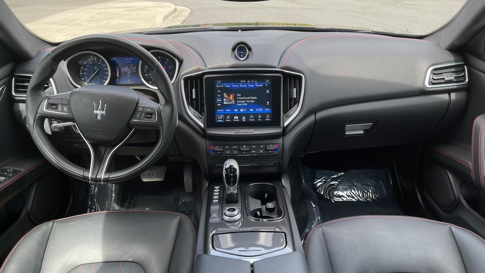 Used 2018 Maserati GHIBLI S Q4 SEDAN / AWD / 3.0L V6 / SUNROOF / NAV / REARVIEW for sale $51,995 at Formula Imports in Charlotte NC 28227 50