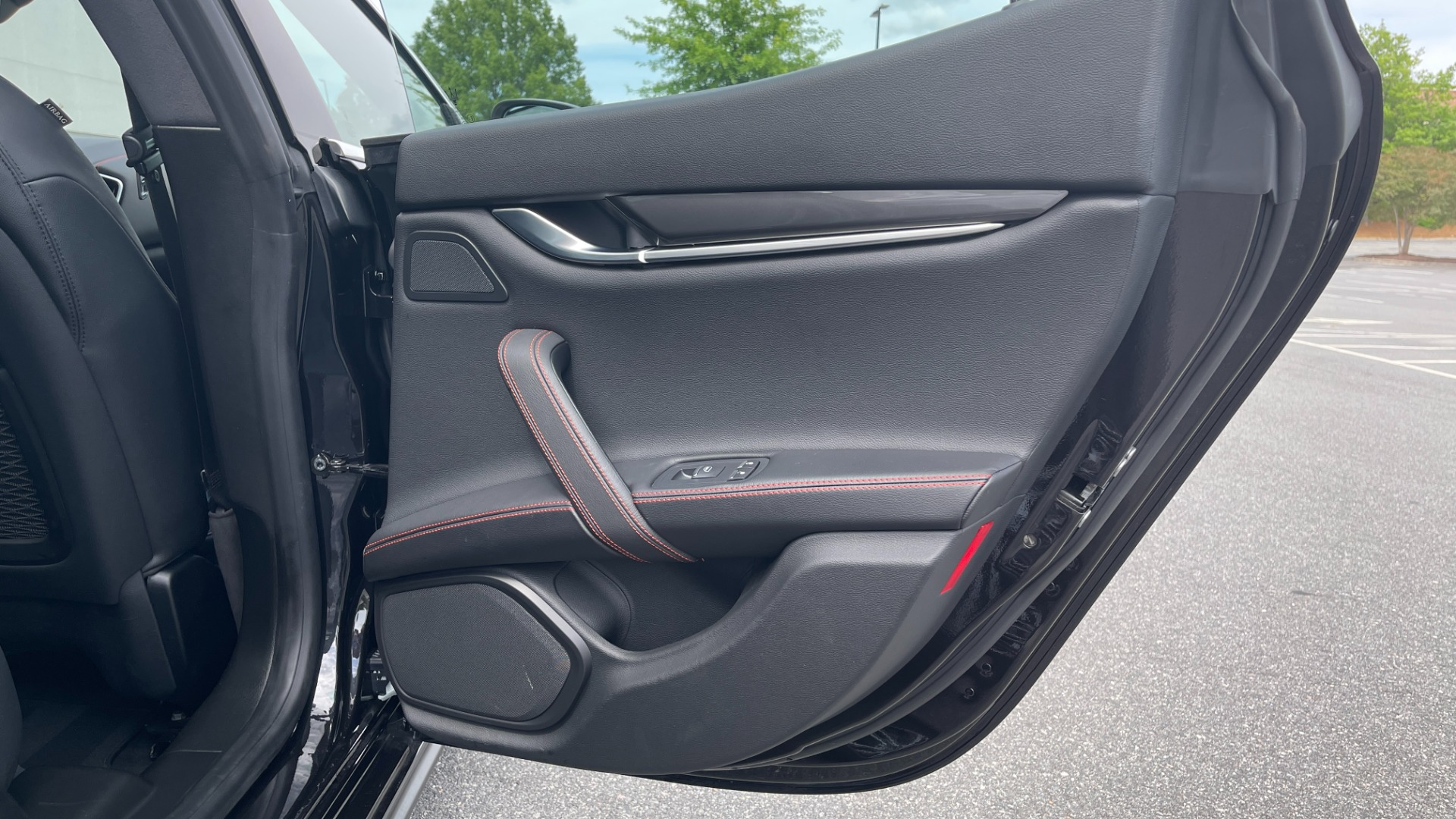 Used 2018 Maserati GHIBLI S Q4 SEDAN / AWD / 3.0L V6 / SUNROOF / NAV / REARVIEW for sale $51,995 at Formula Imports in Charlotte NC 28227 58