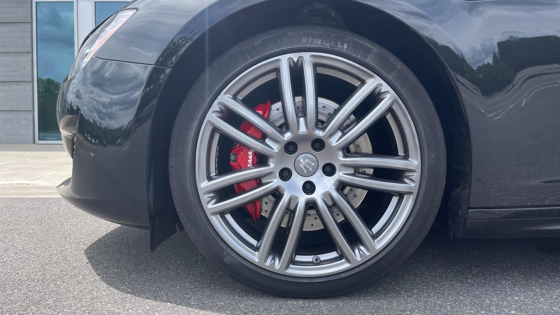 Used 2018 Maserati GHIBLI S Q4 SEDAN / AWD / 3.0L V6 / SUNROOF / NAV / REARVIEW for sale $51,995 at Formula Imports in Charlotte NC 28227 66
