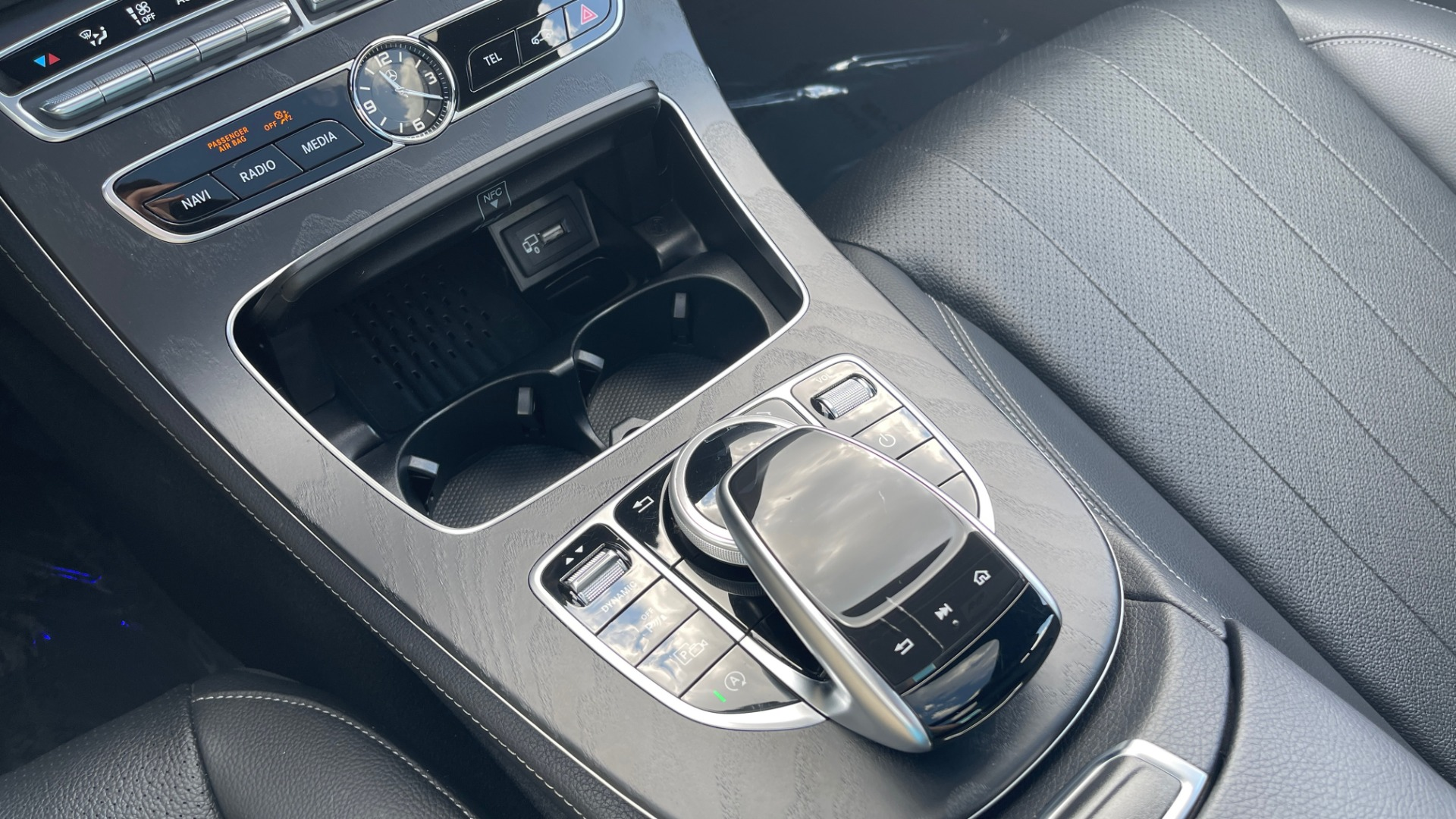 Used 2018 Mercedes-Benz E-CLASS E 300 PREMIUM / NIGHT PKG / PANO-ROOF / BURMESTER / REARVIEW for sale $42,399 at Formula Imports in Charlotte NC 28227 49